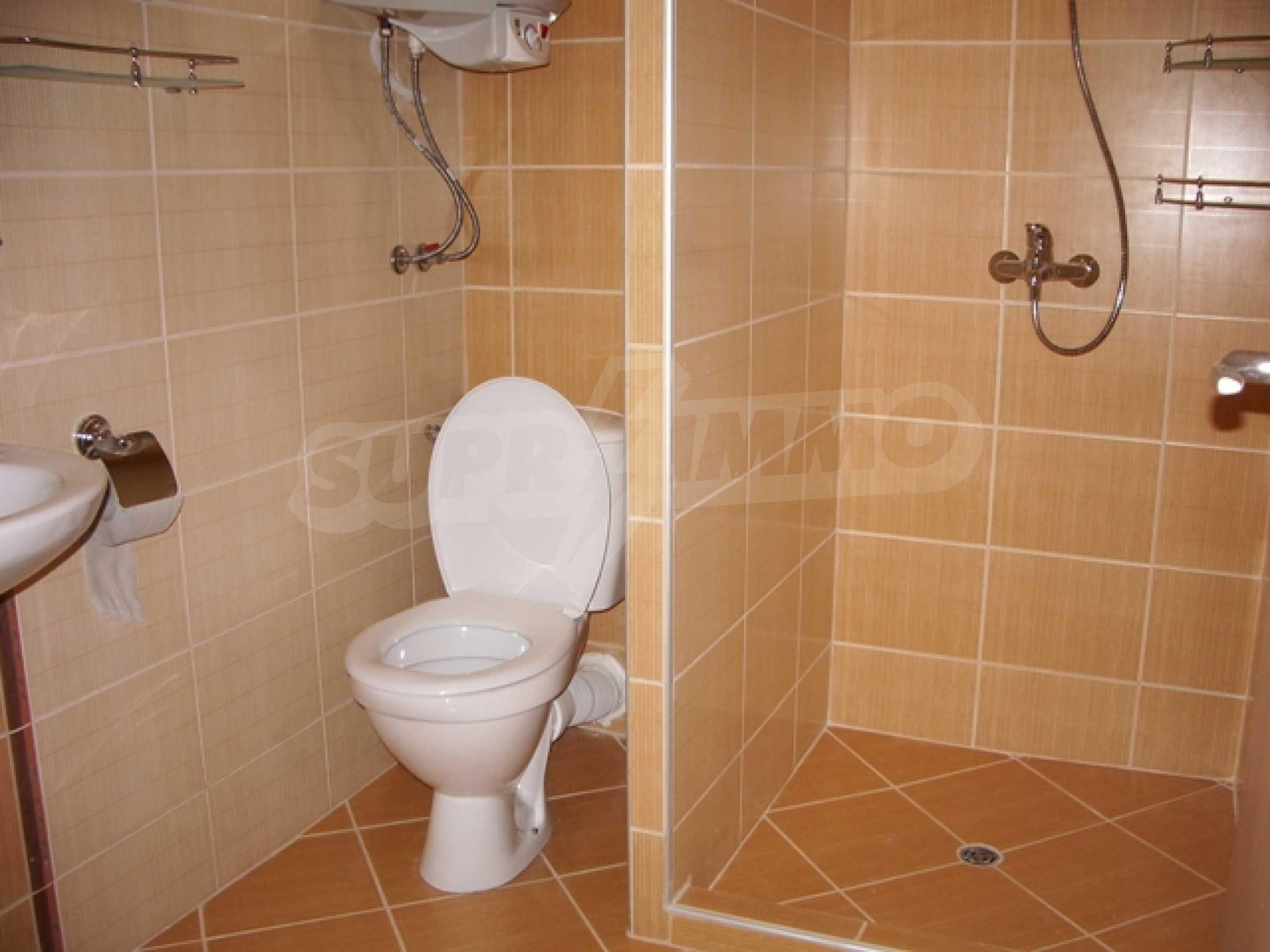 Distinctive 2-bedroom apartment with seaview 8