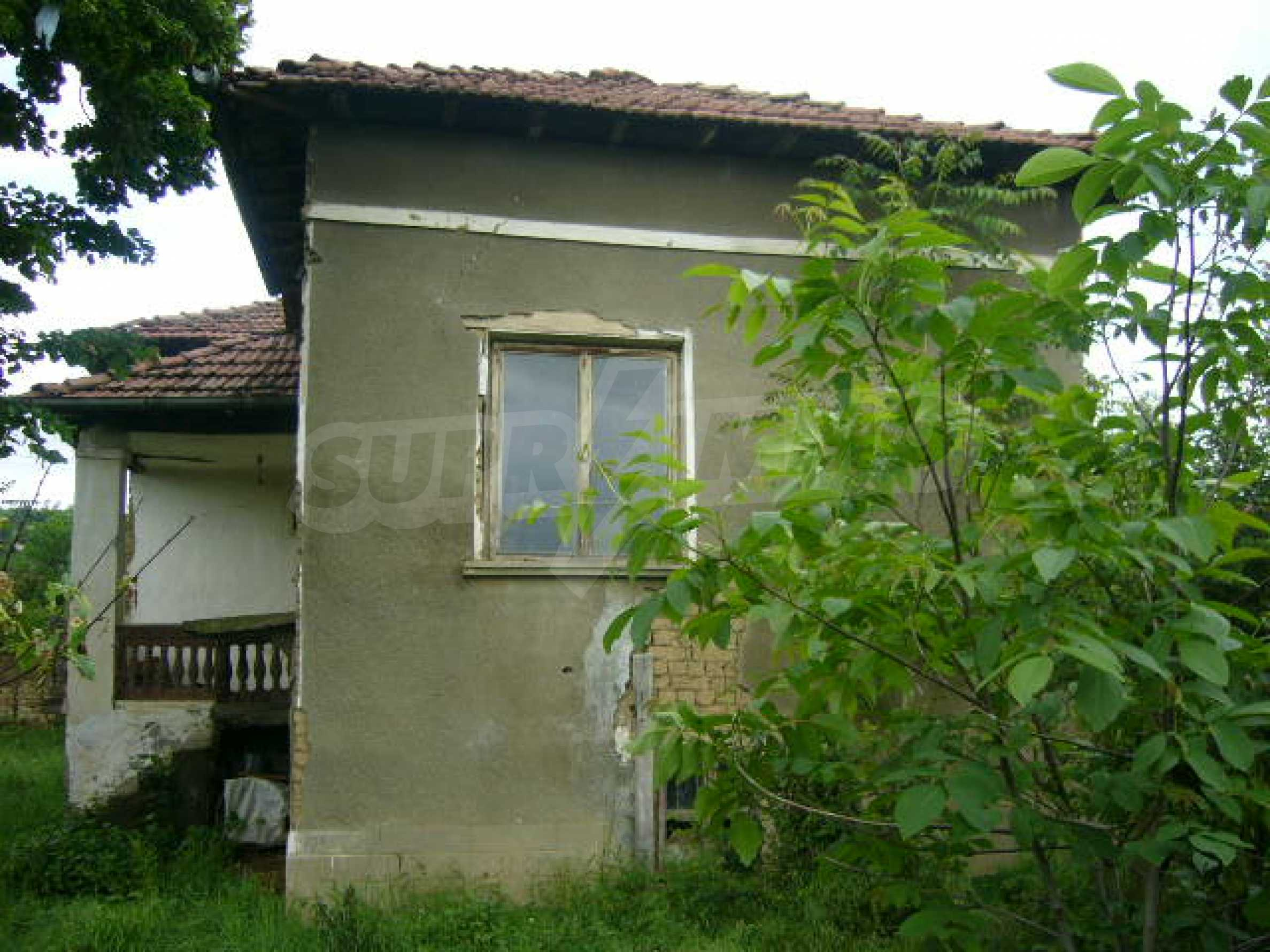 Rural house with yard 5 min drive from Lovech 5