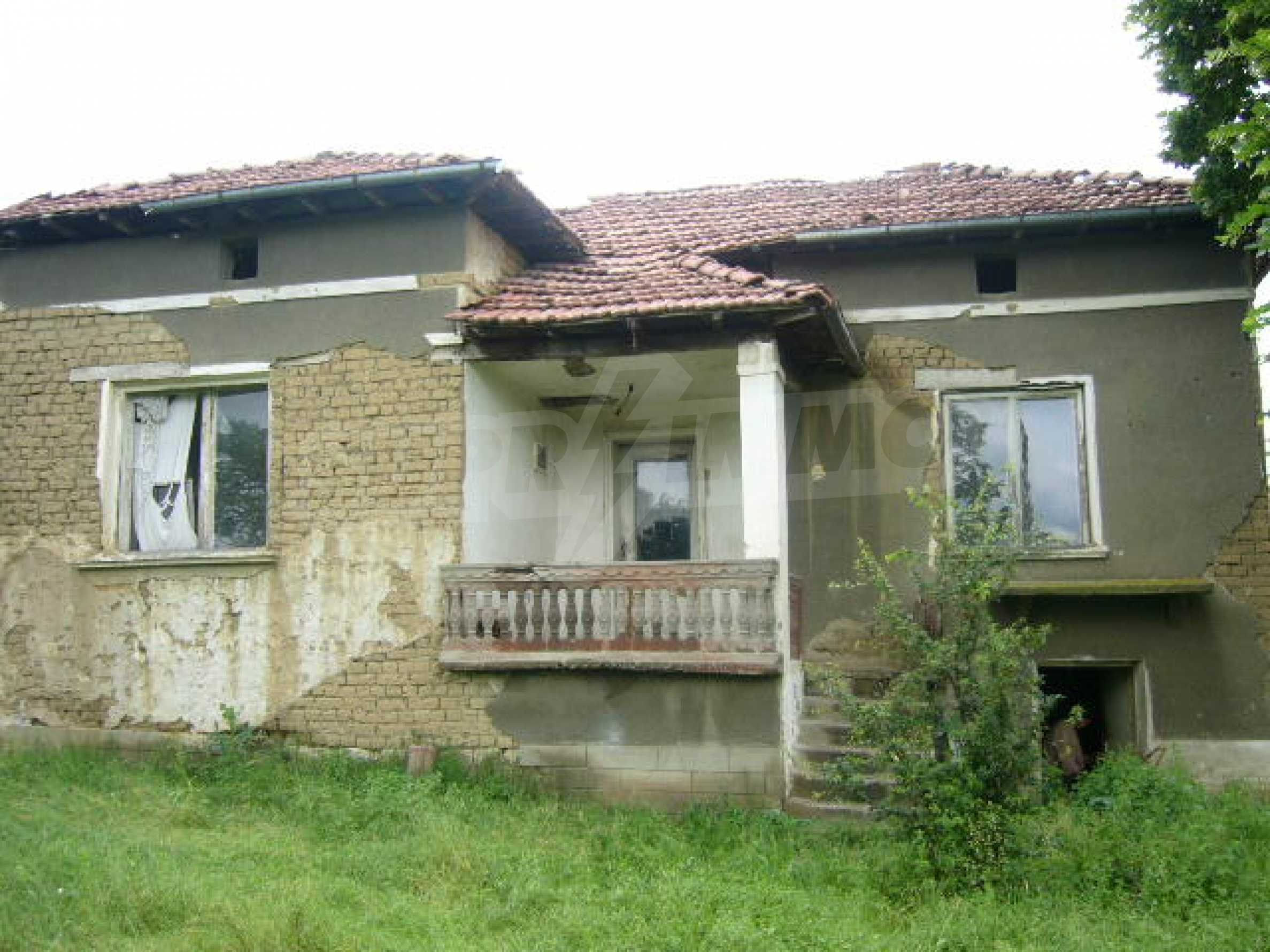 Rural house with yard 5 min drive from Lovech 6