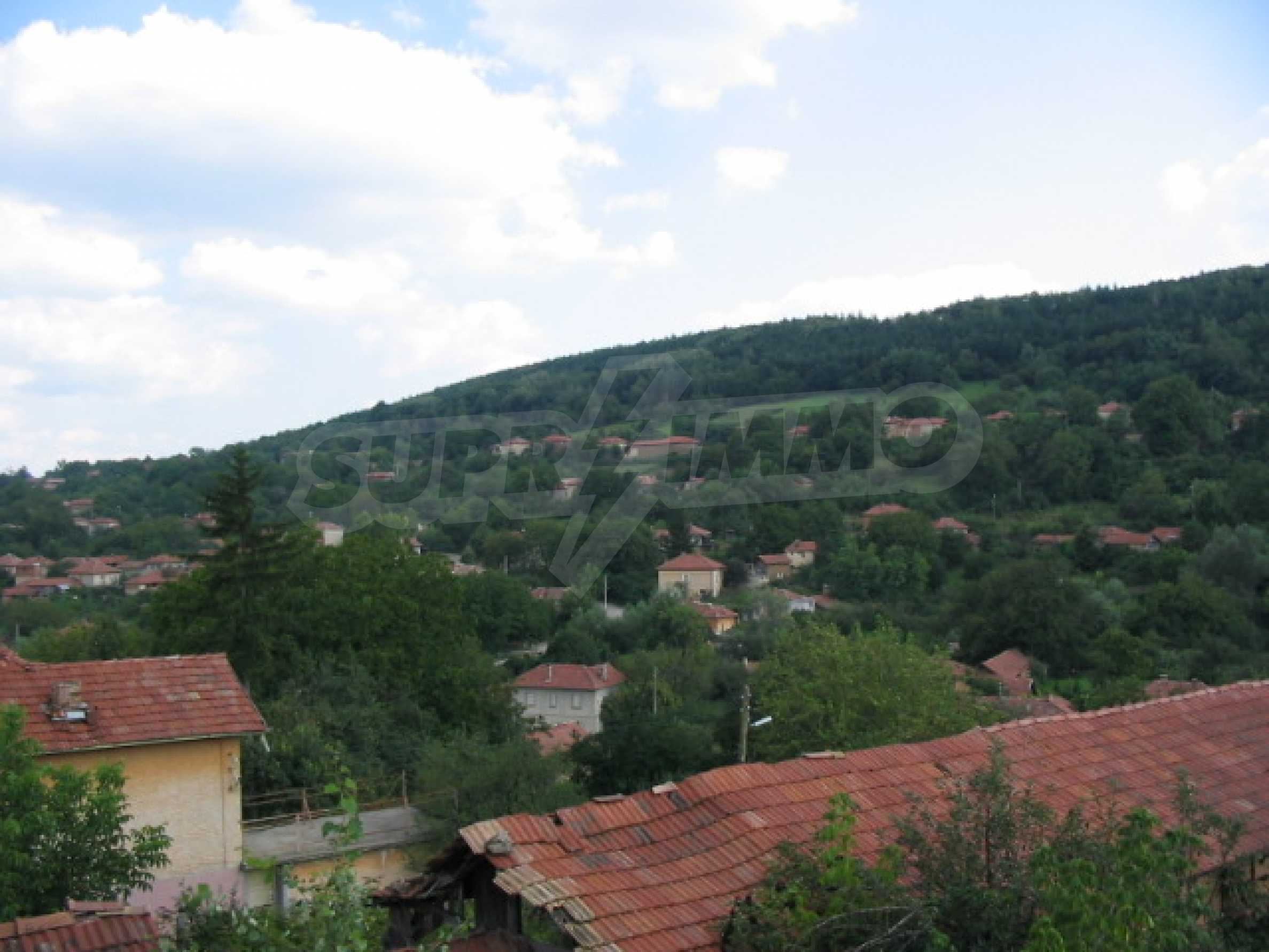 Massive house near Veliko Tarnovo 13