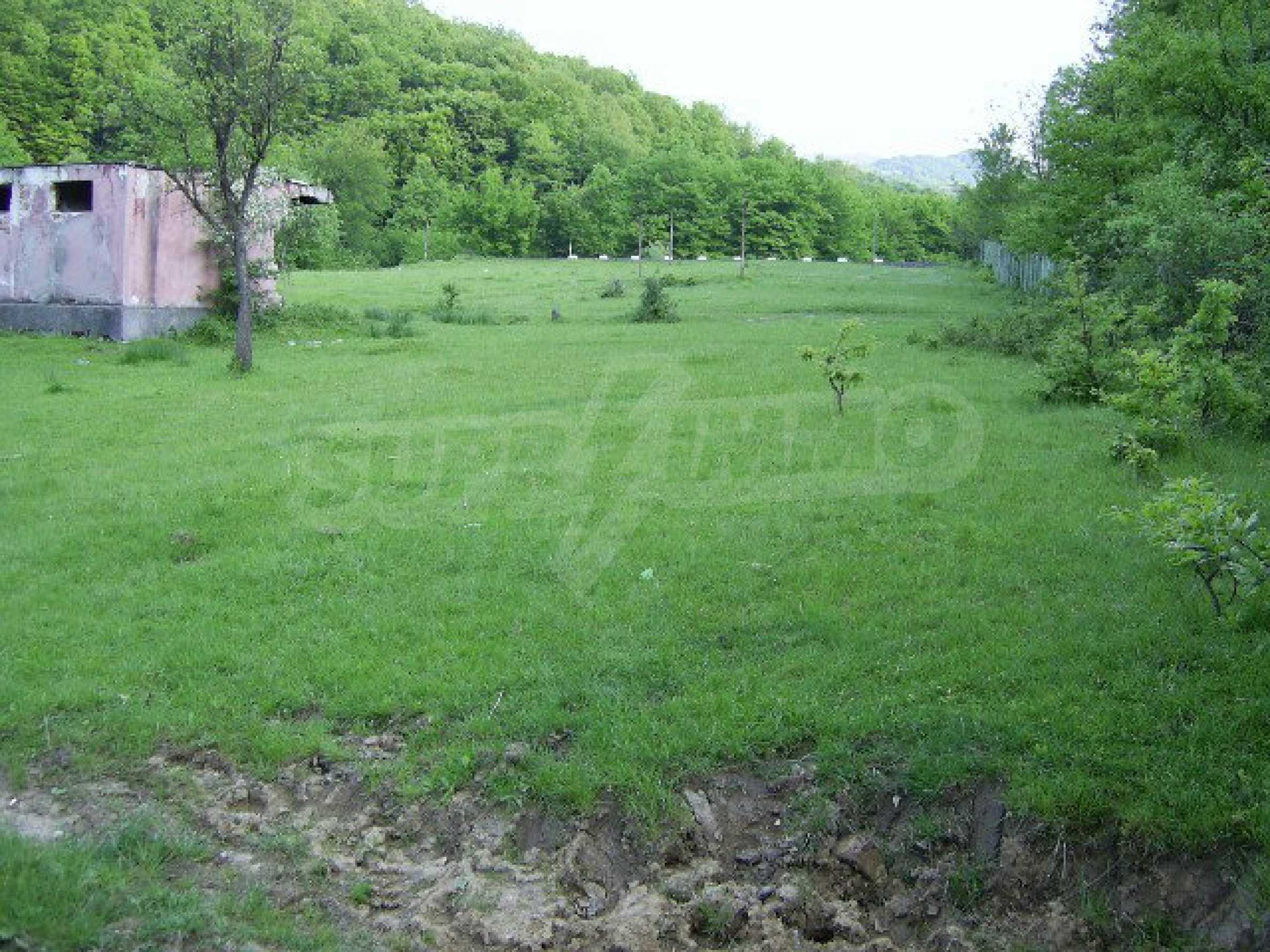 Plot with a swimming pool in Troyan 10