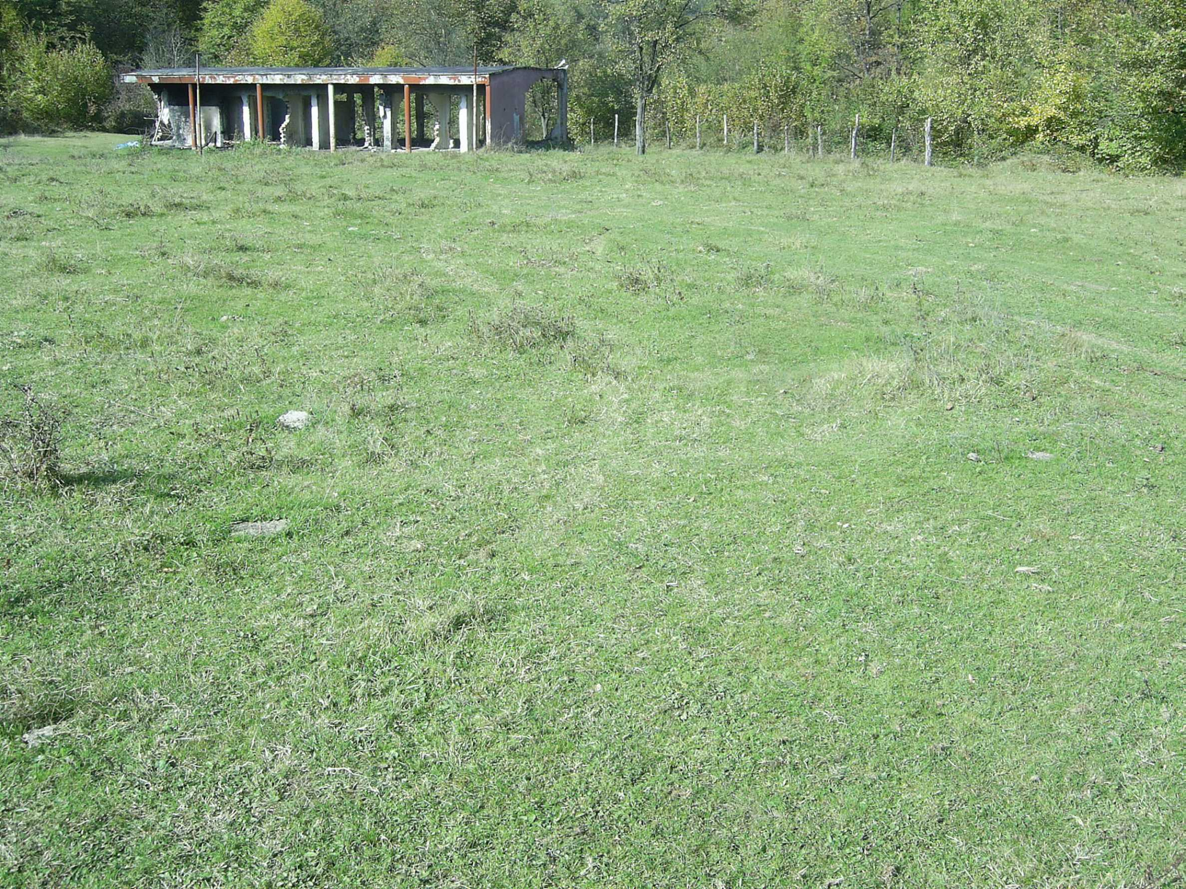 Plot with a swimming pool in Troyan 19