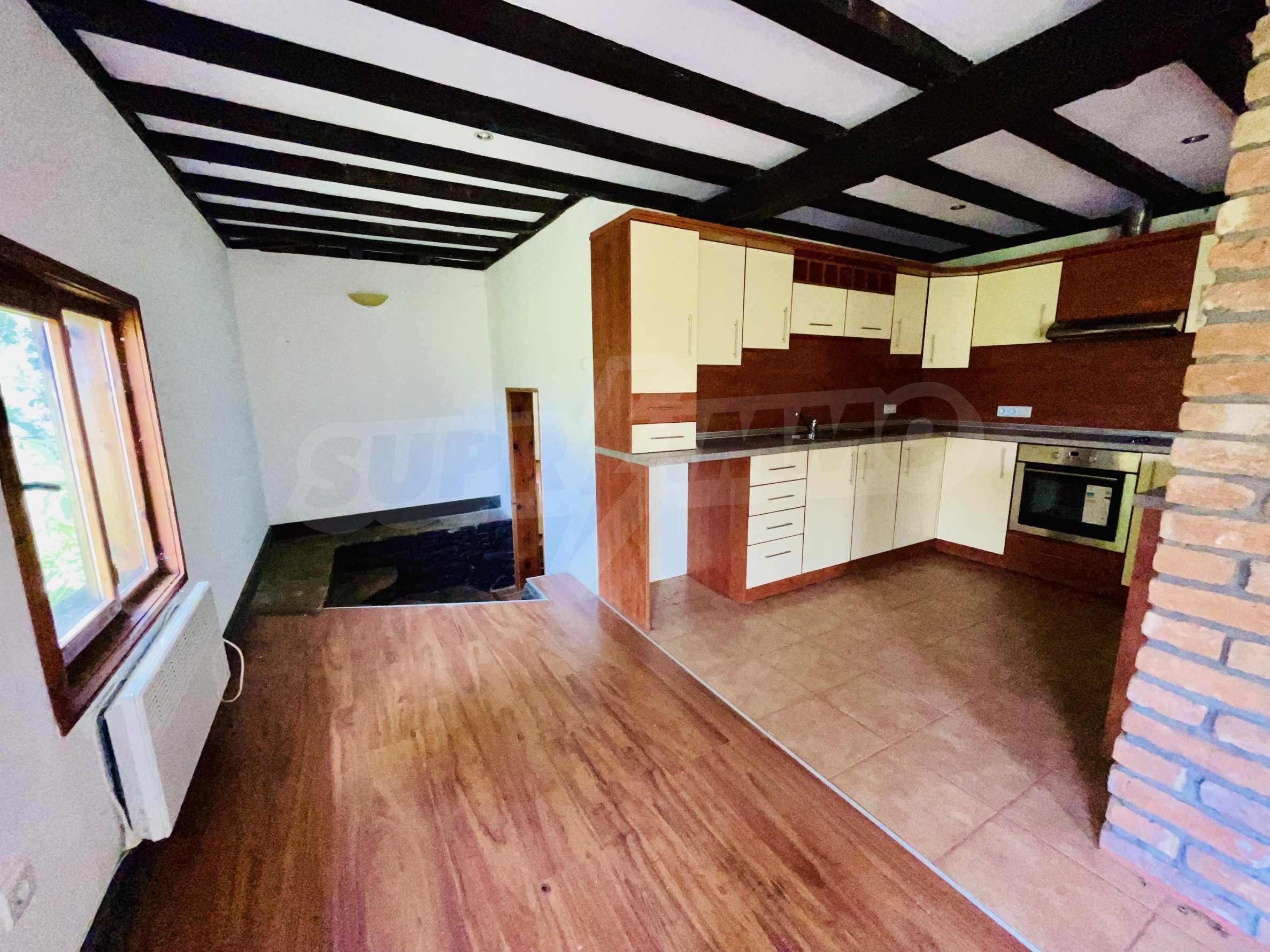 Напълно реновирана къща, готова за нанасяне 4