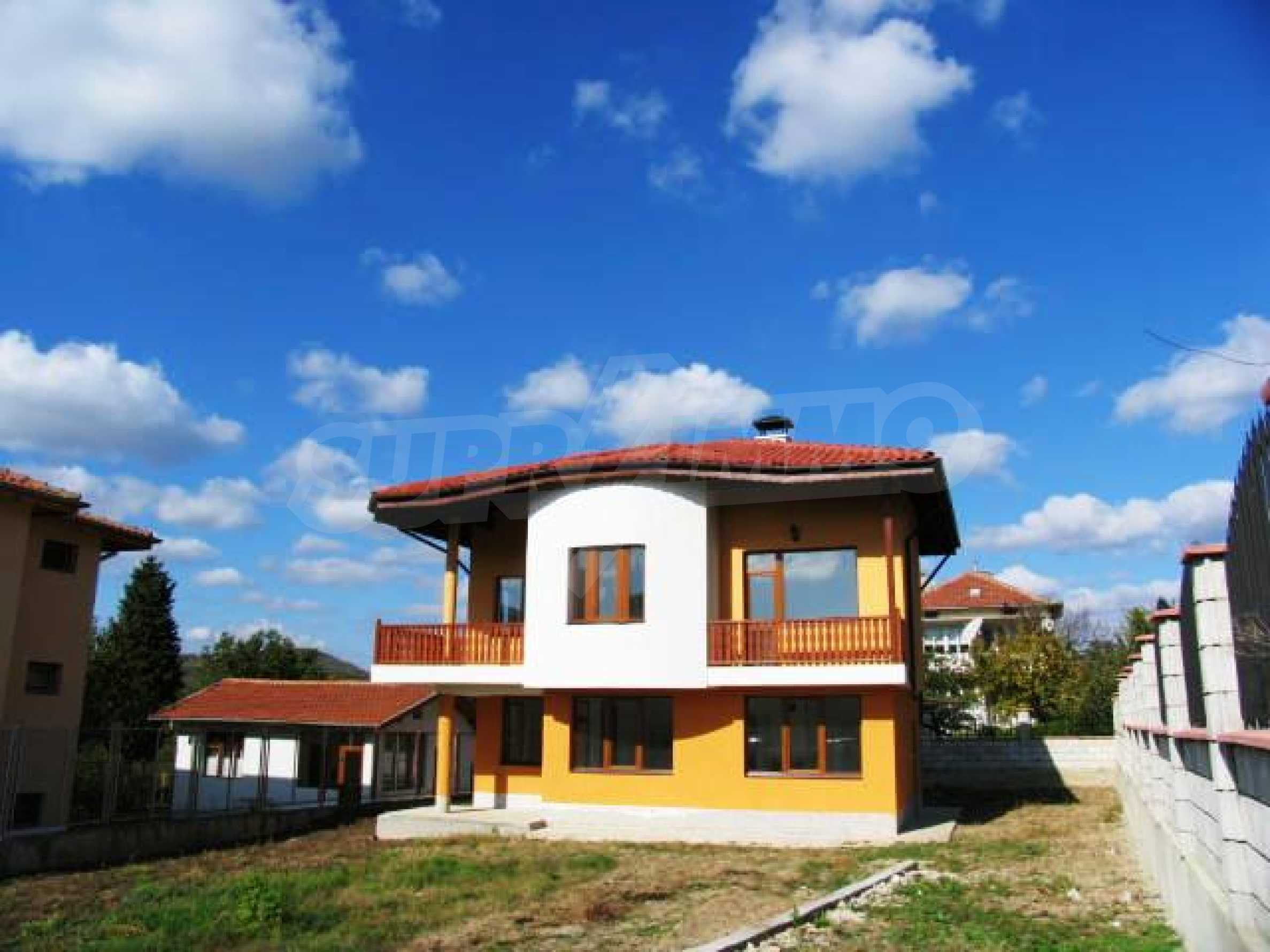 Brand new house for sell 3 kilometers from the beach