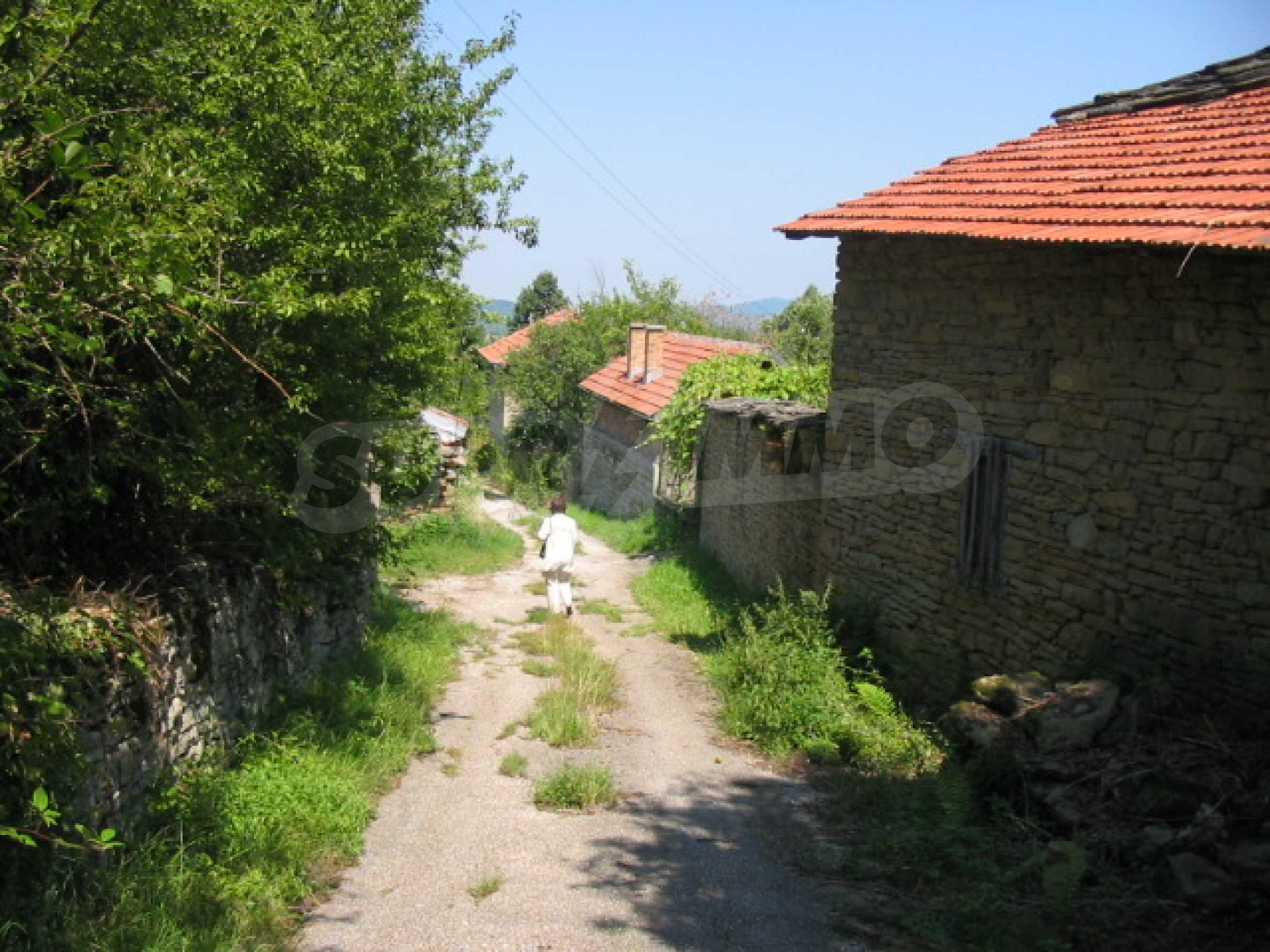 Чудесен планински имот в сърцето на Балкана  15