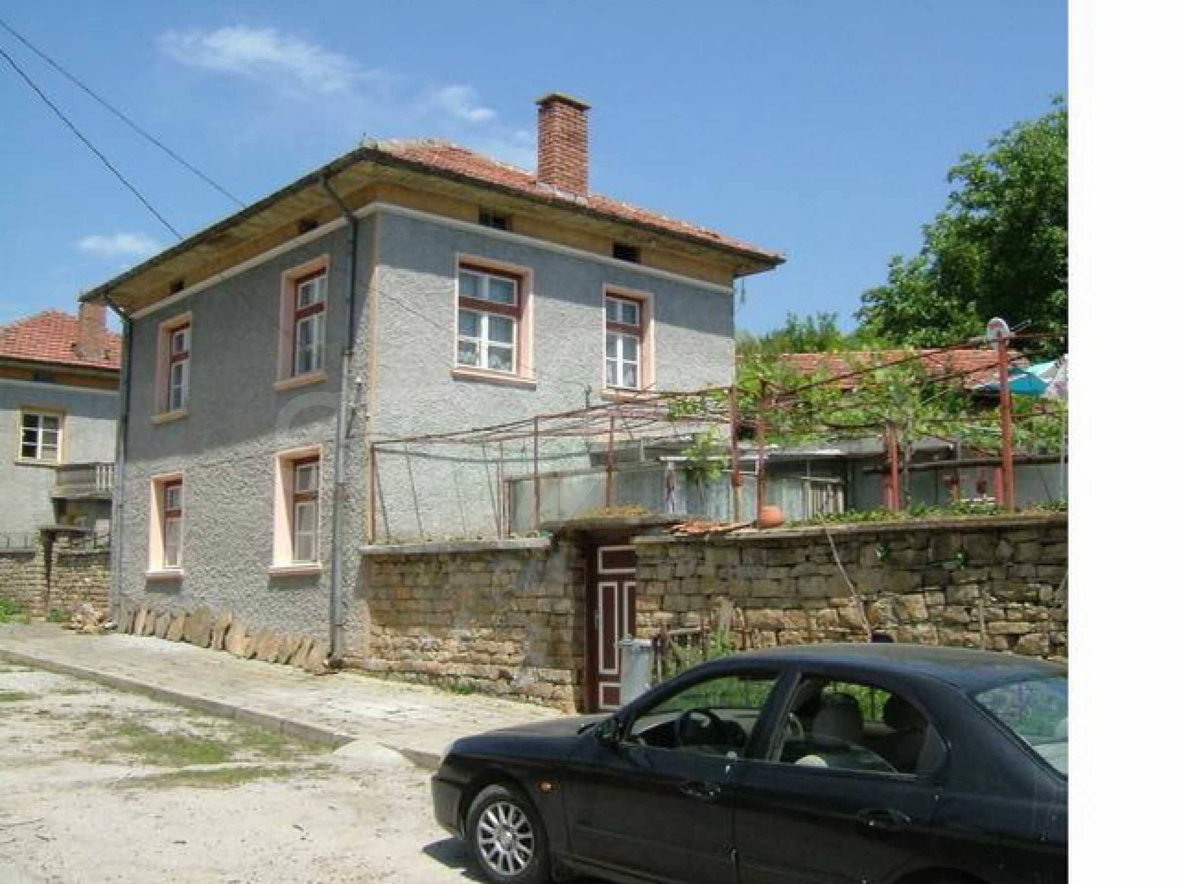 Къща за продажба близо до гр. Габрово