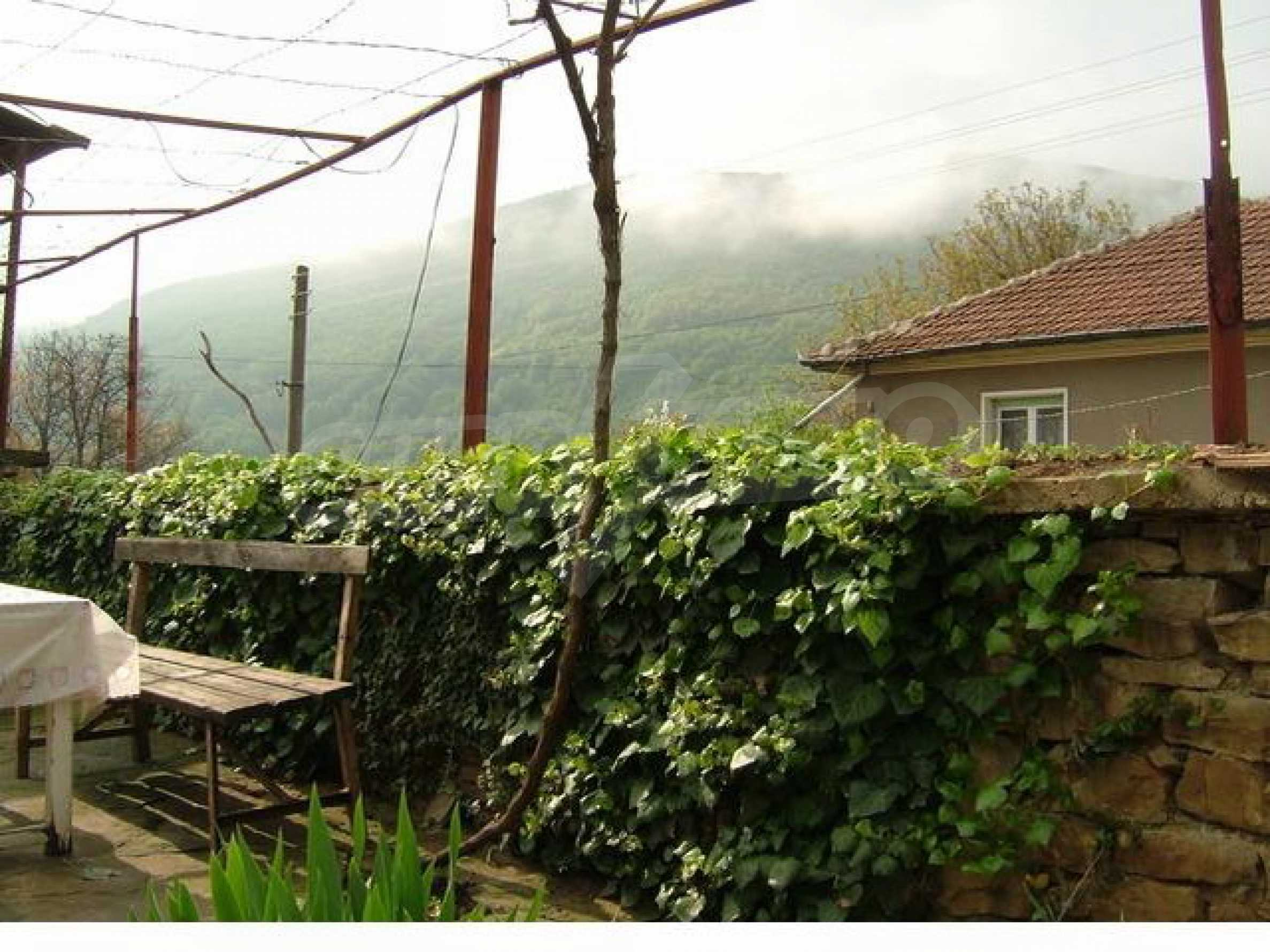 Къща за продажба близо до гр. Габрово 5
