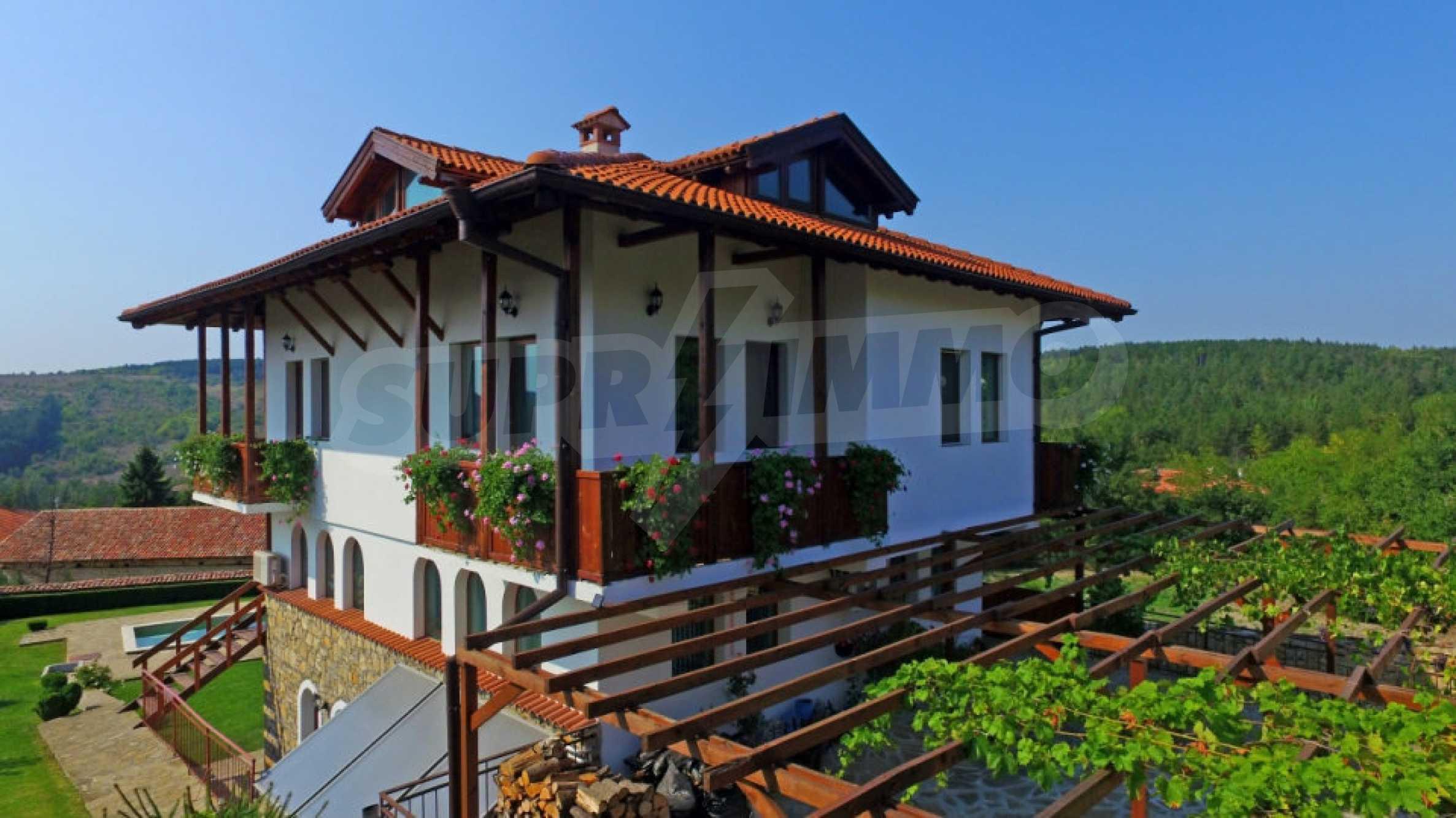 Напълно обзаведена къща за гости в Арбанаси 1