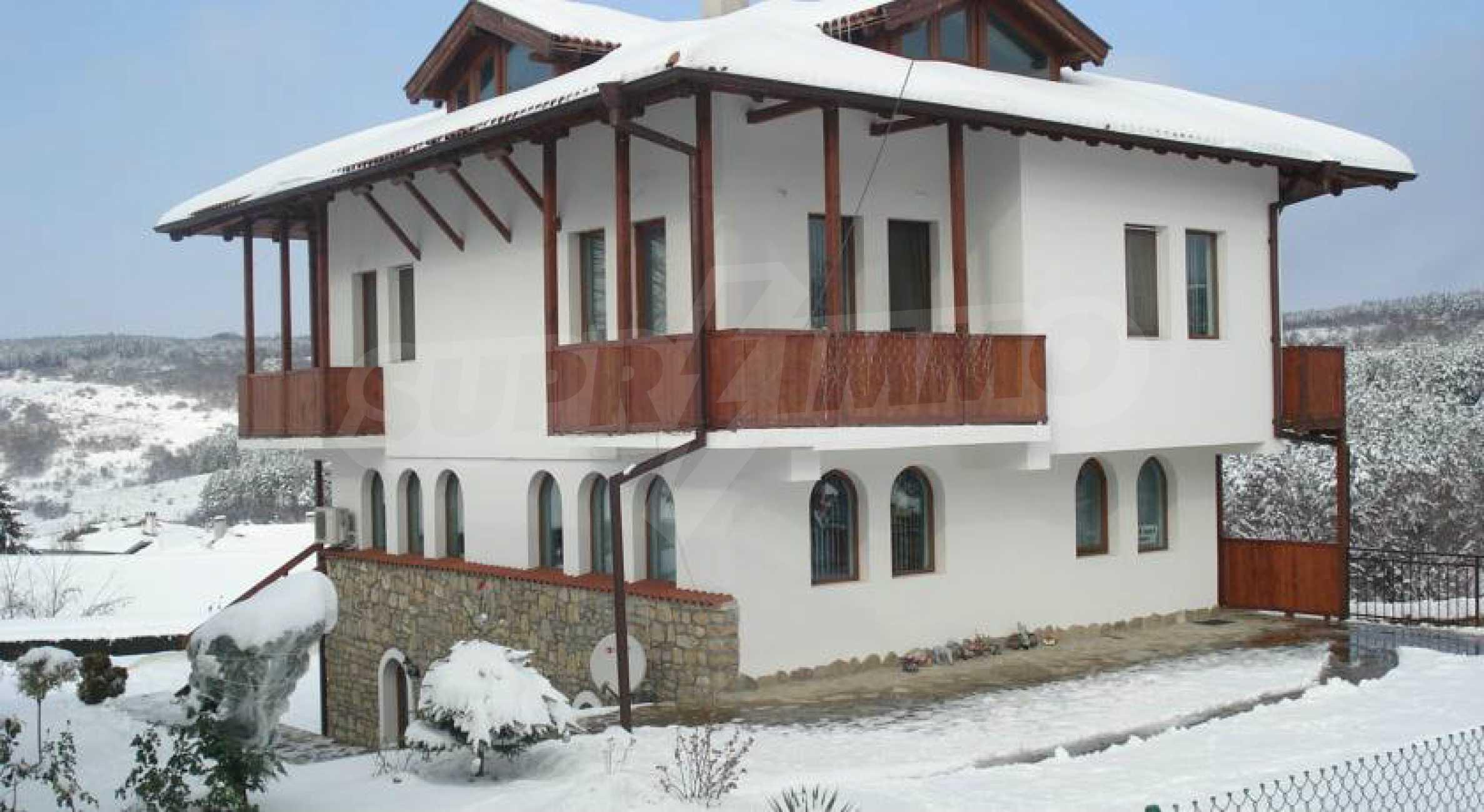 Напълно обзаведена къща за гости в Арбанаси 41