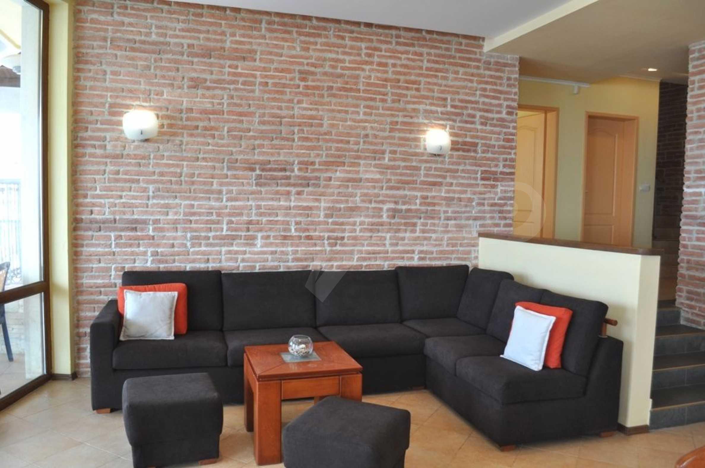 Villa mit Swimmingpool und 6 Schlafzimmern in der Nähe des Resorts Albena 7