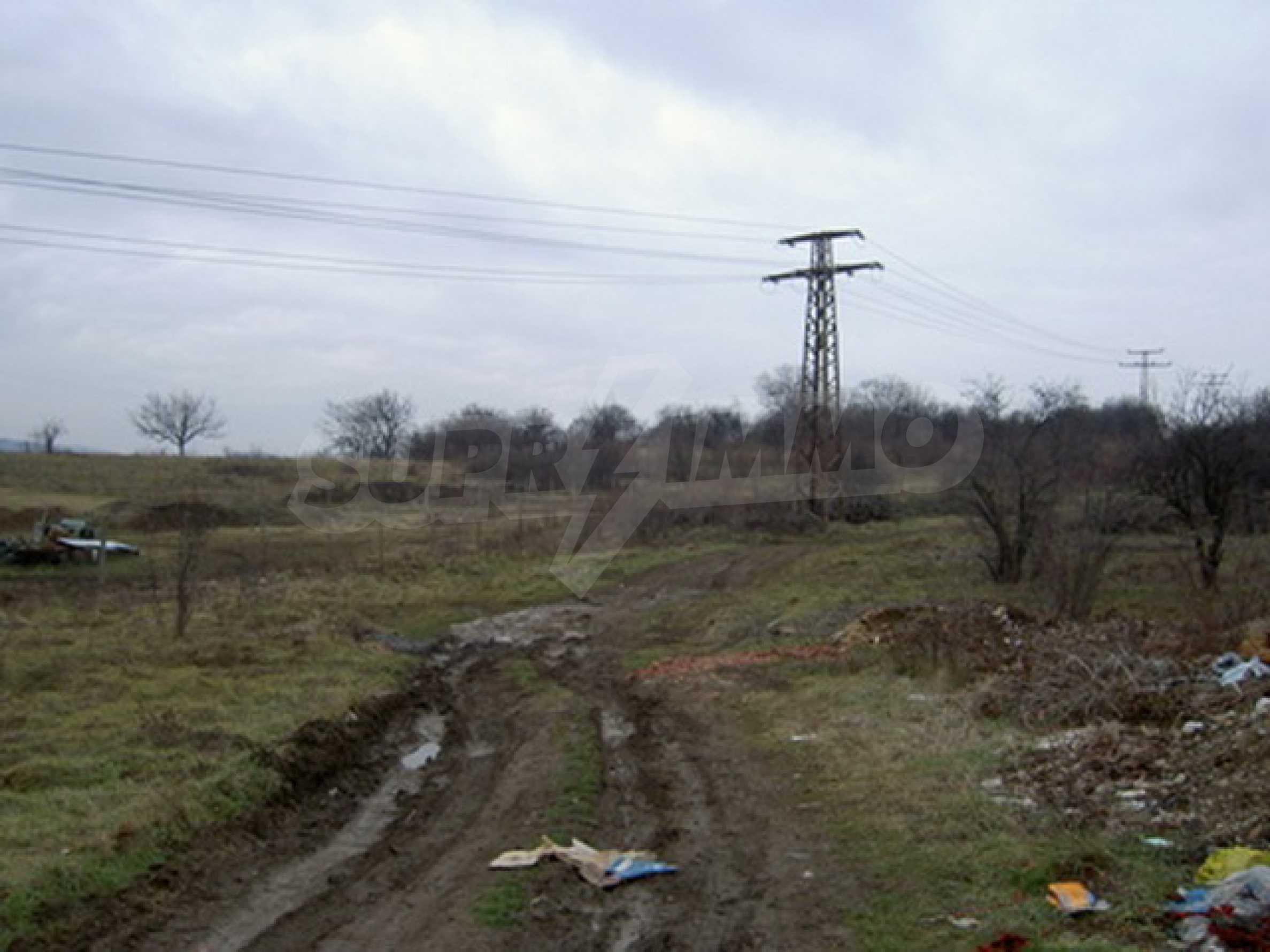 Земельный участок в г. Велико Тырново 9
