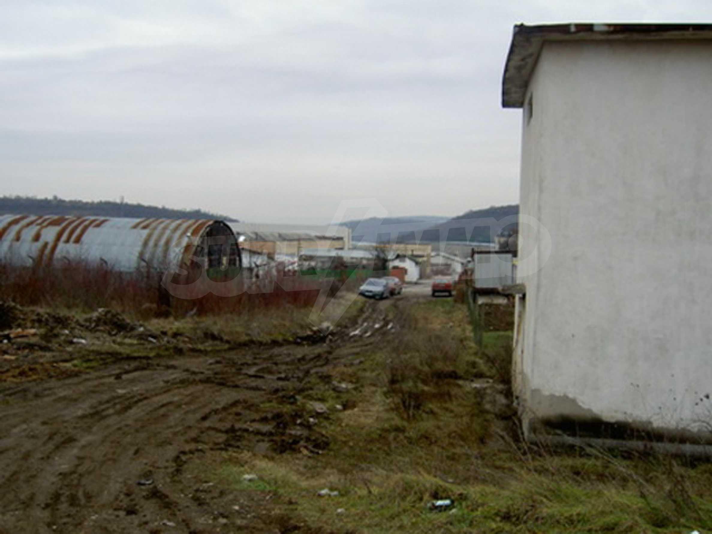 Земельный участок в г. Велико Тырново 10