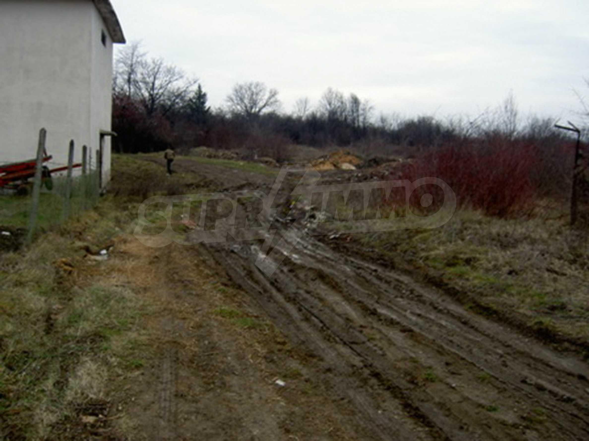 Земельный участок в г. Велико Тырново 2