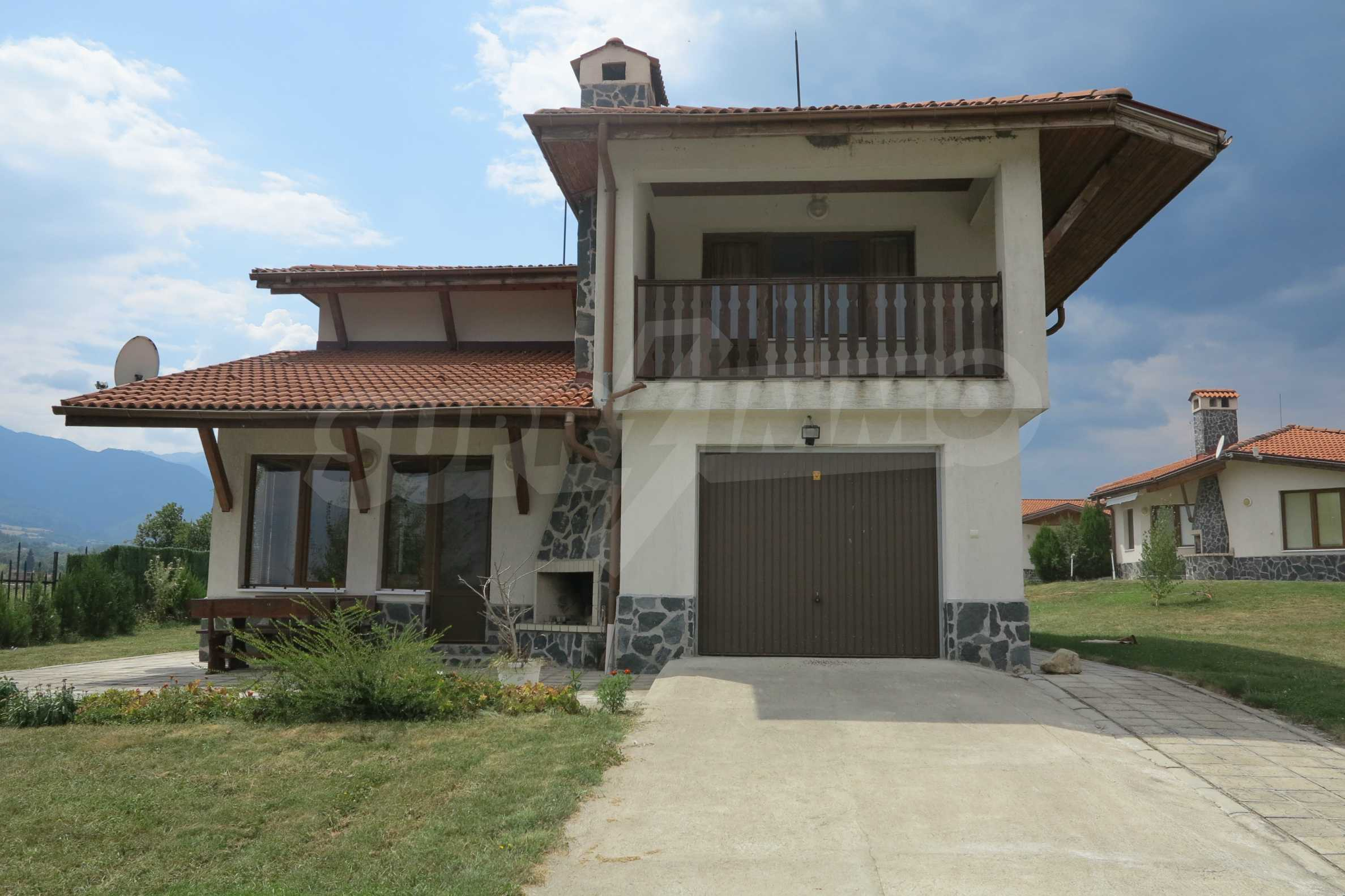 2-storey mountain house with yard and easy access to Sofia 1