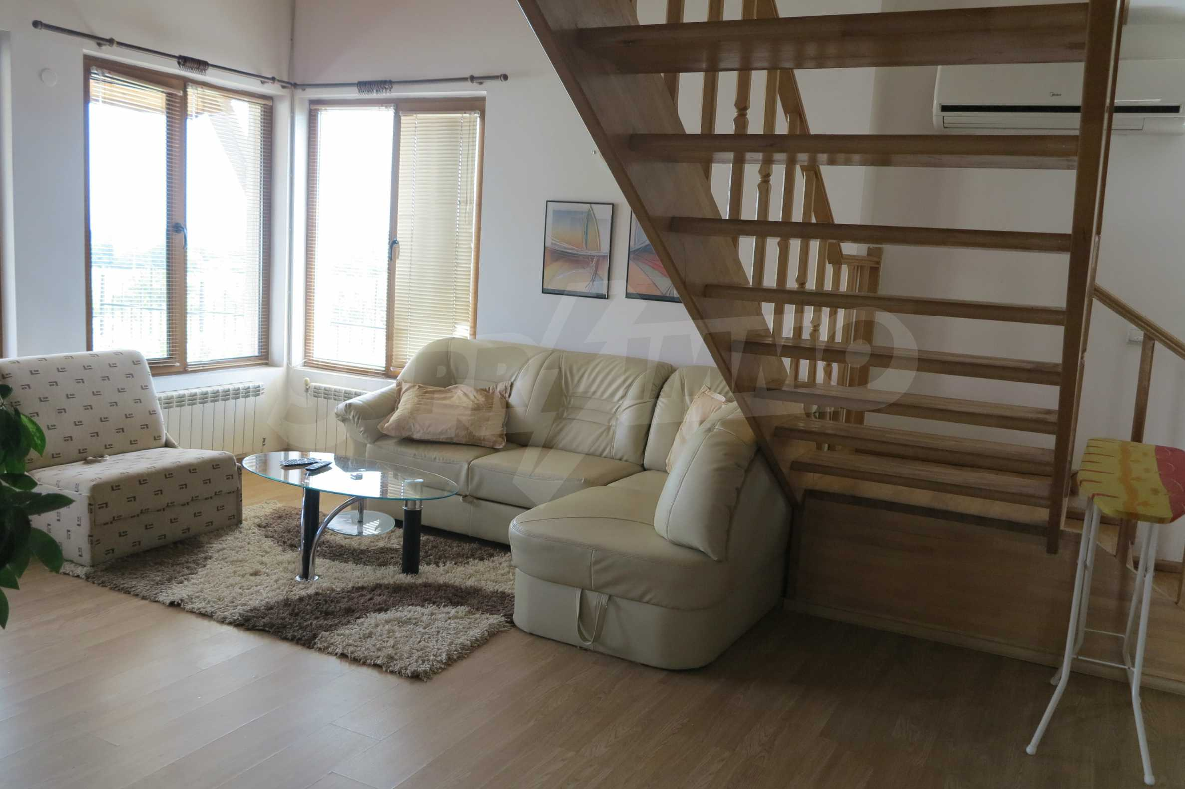 2-storey mountain house with yard and easy access to Sofia 7