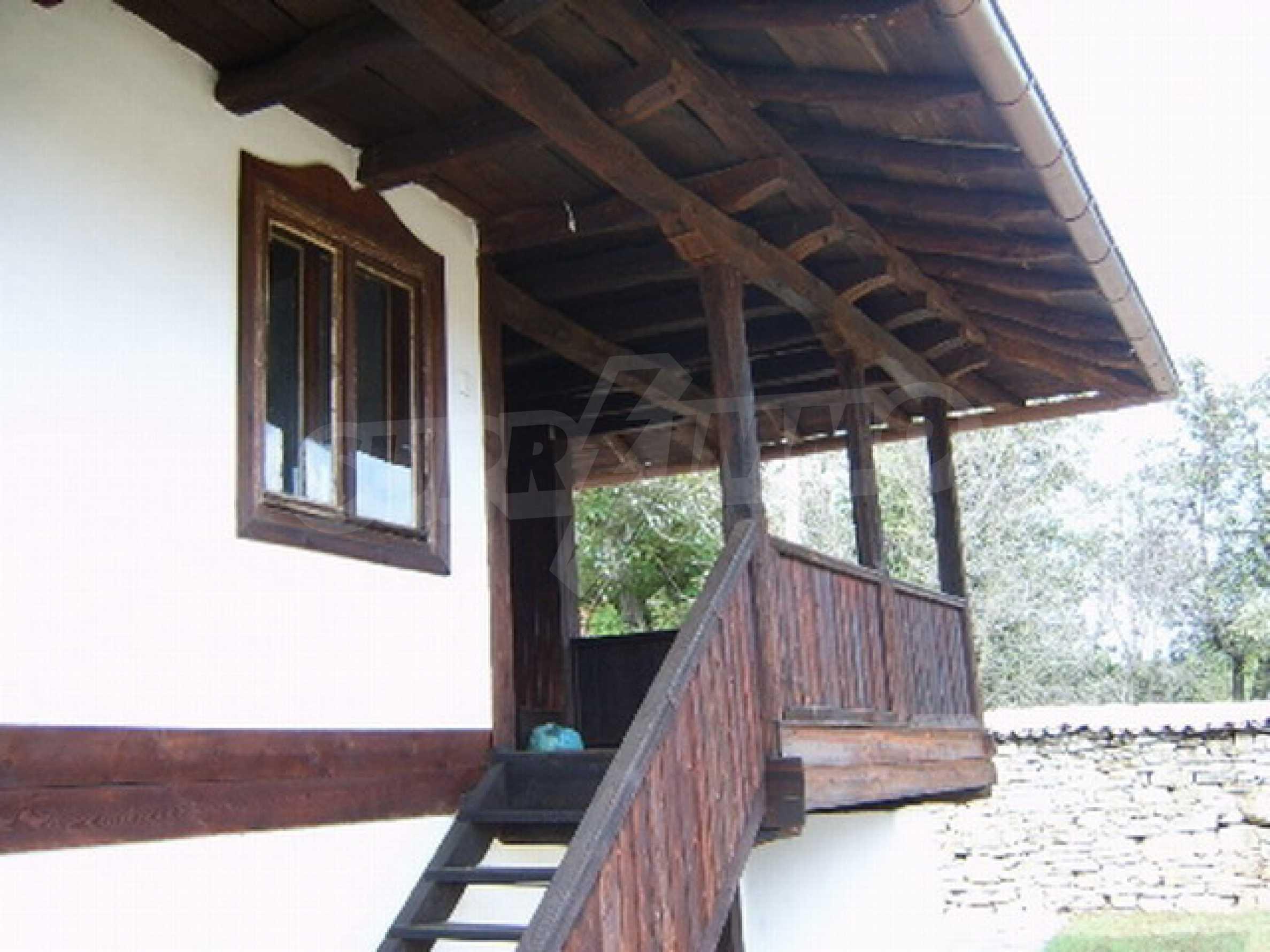 Ремонтирана традиционна къща 1