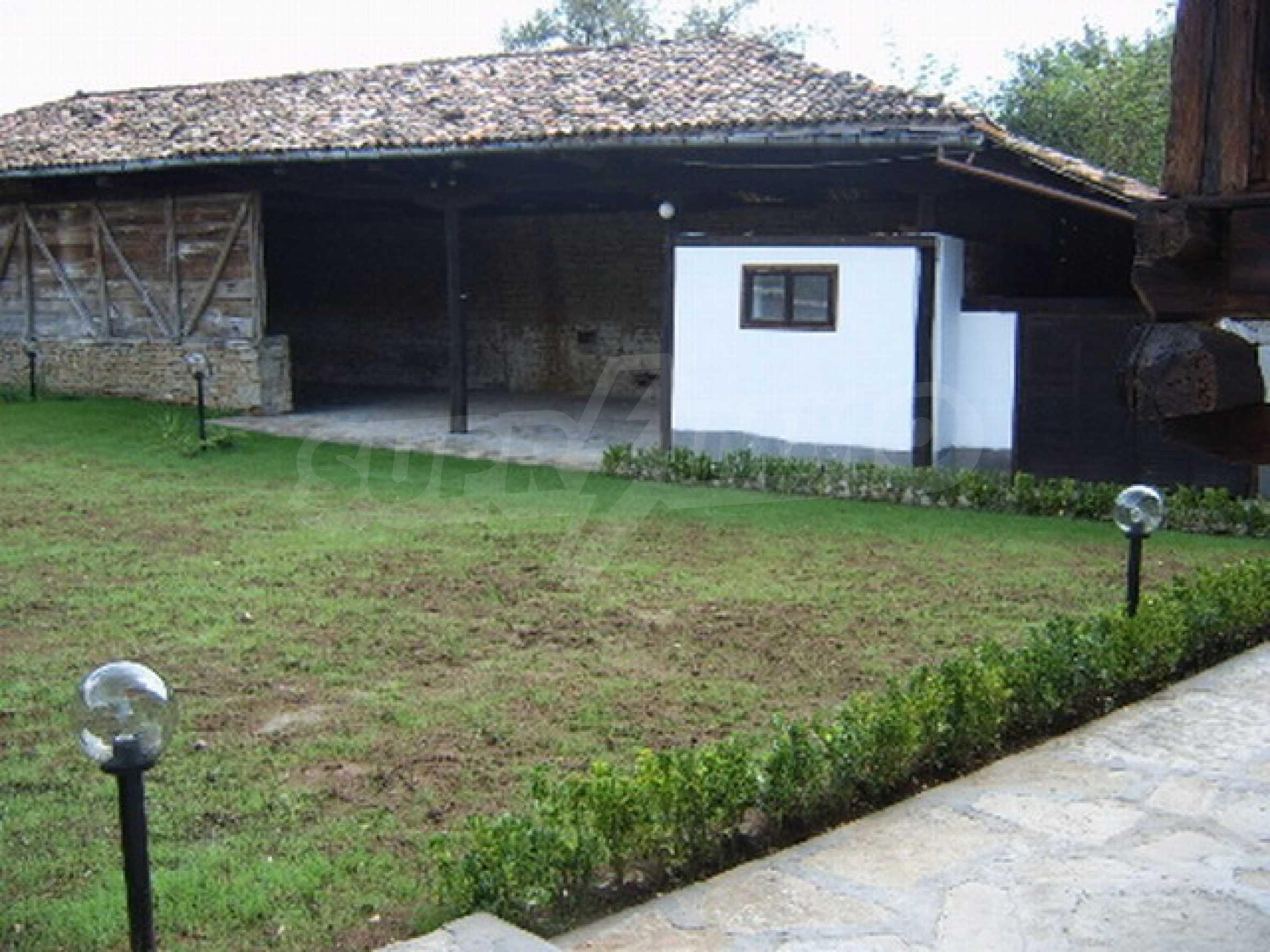 Ремонтирана традиционна къща 3