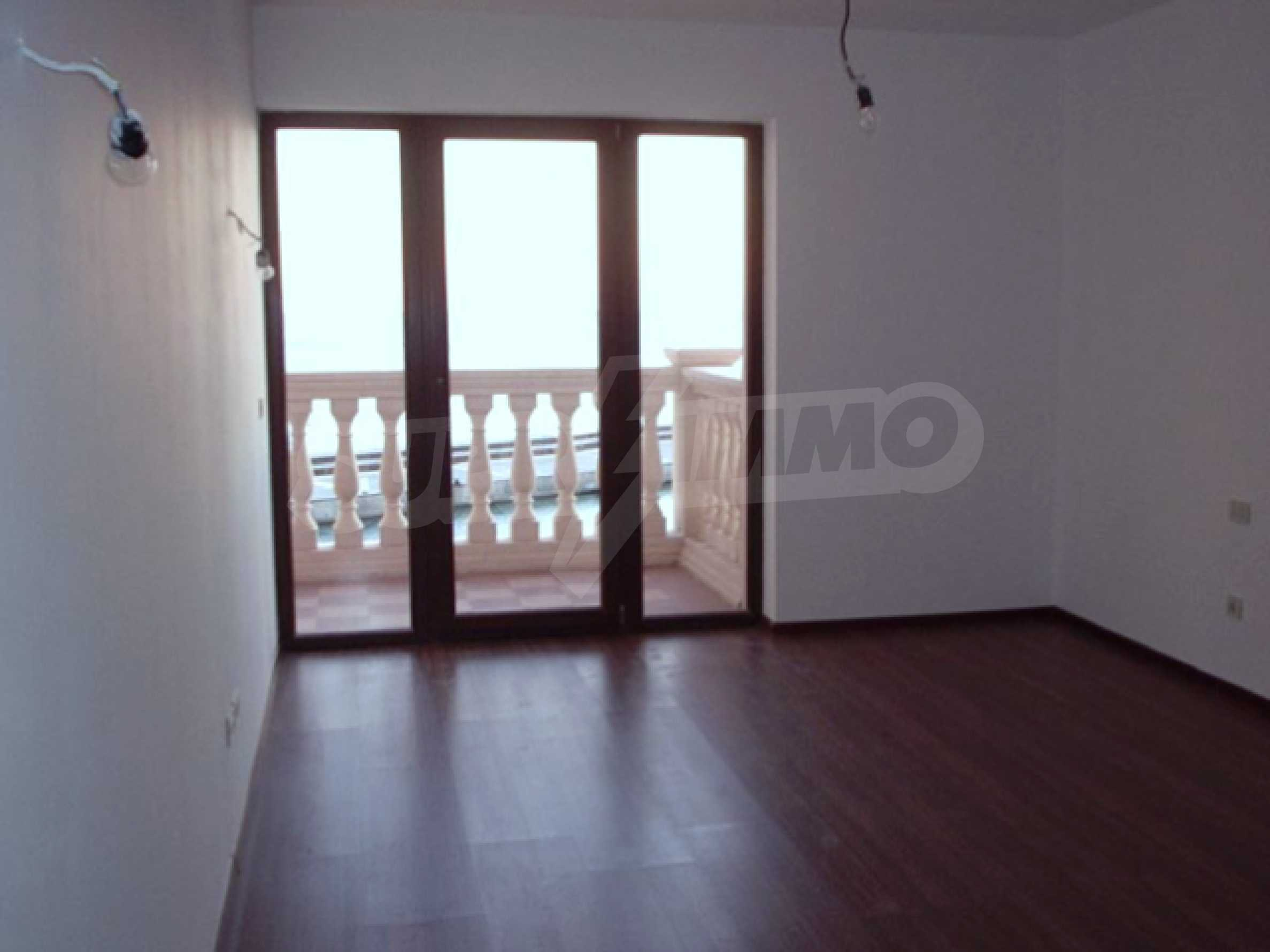 2-bedroom apartment in Port Palace  14