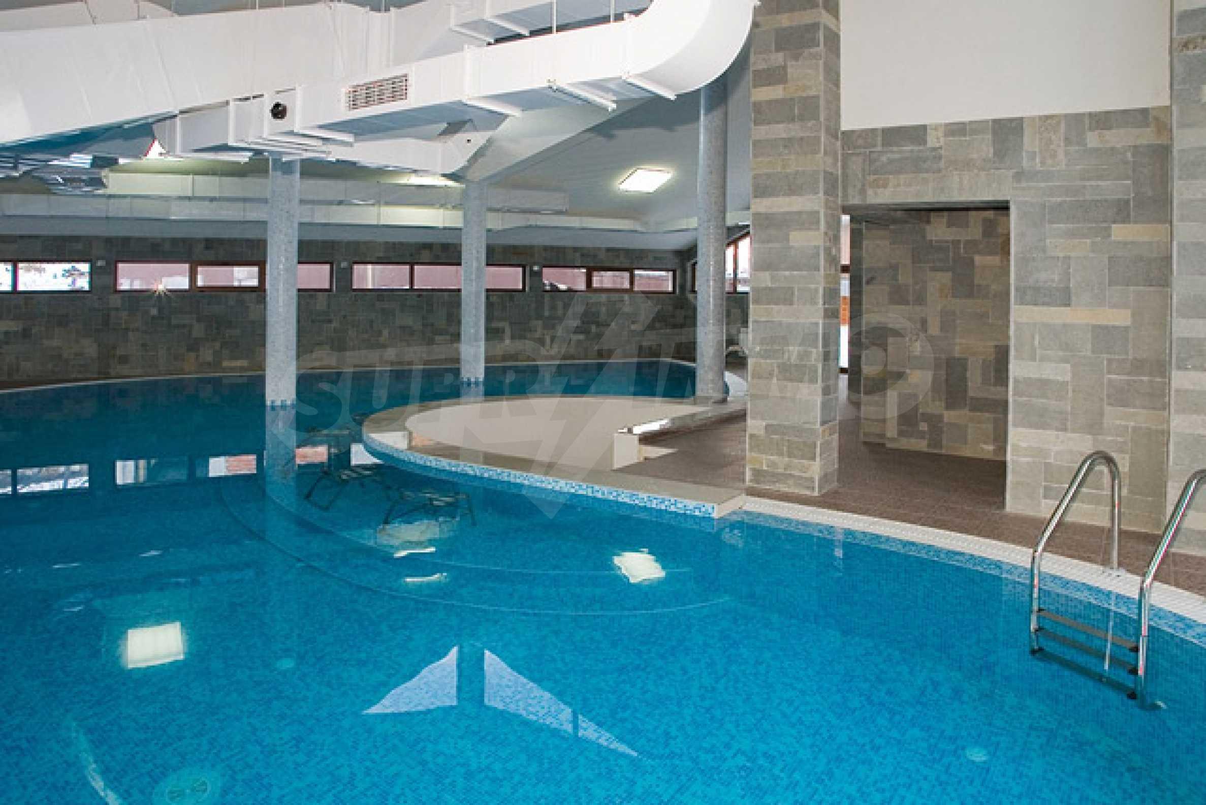 Двухкомнатная квартира на продажу на курорте Банско 17