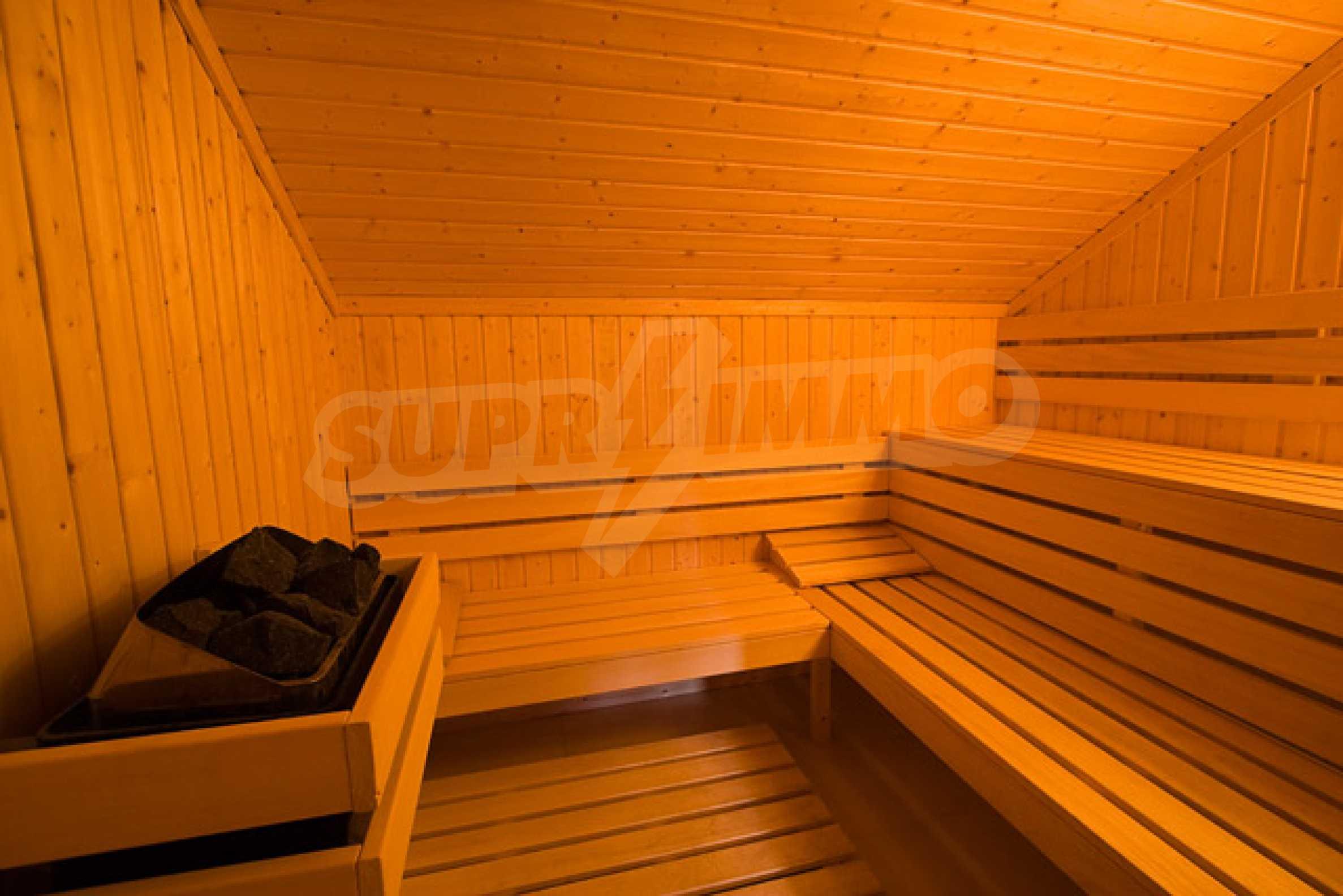 Двухкомнатная квартира на продажу на курорте Банско 21