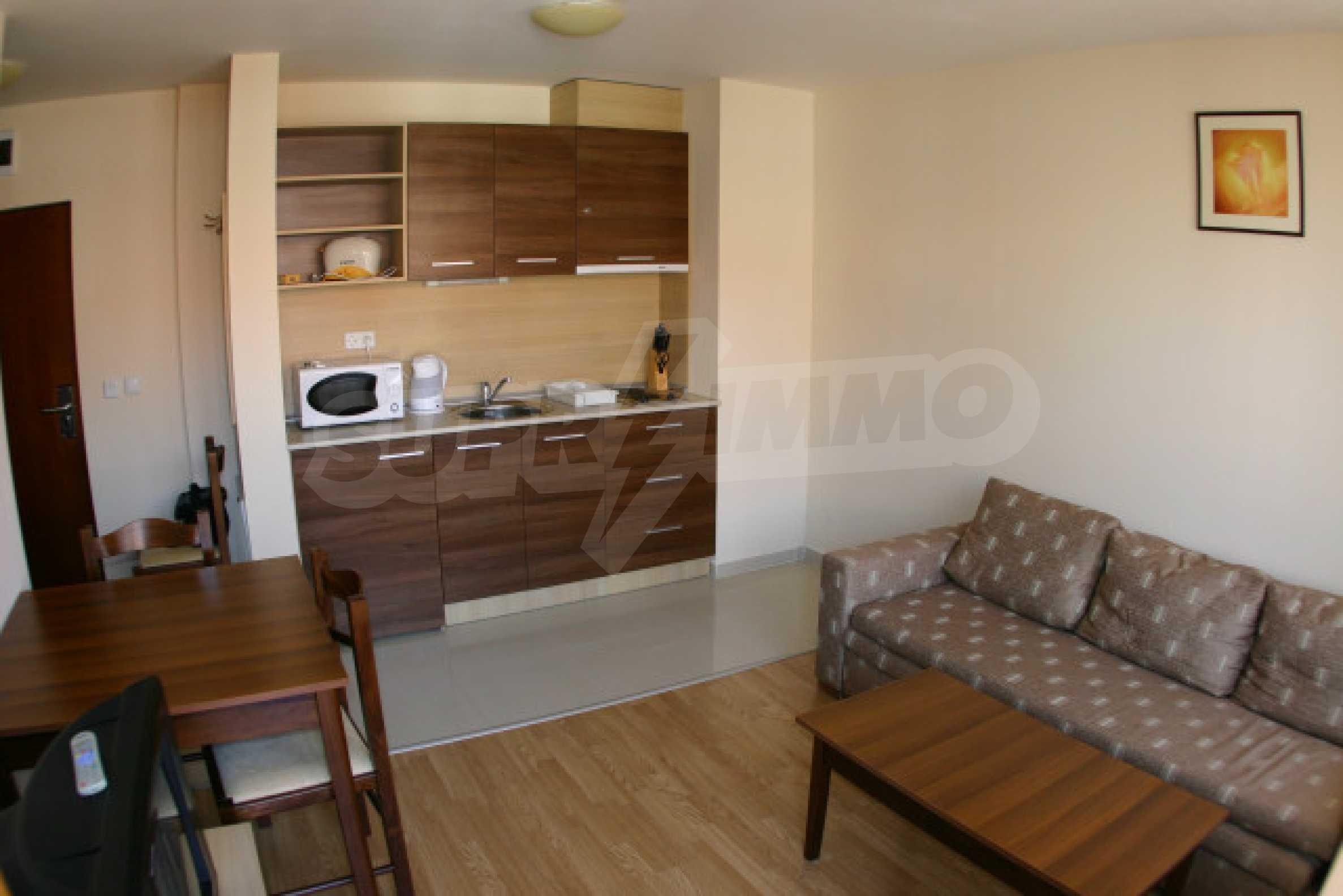 Двухкомнатная квартира на продажу на курорте Банско 4