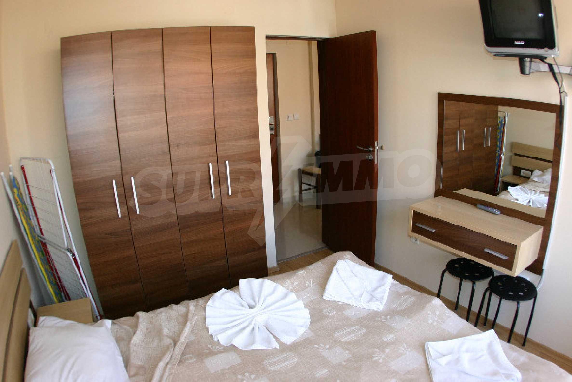Двухкомнатная квартира на продажу на курорте Банско 8
