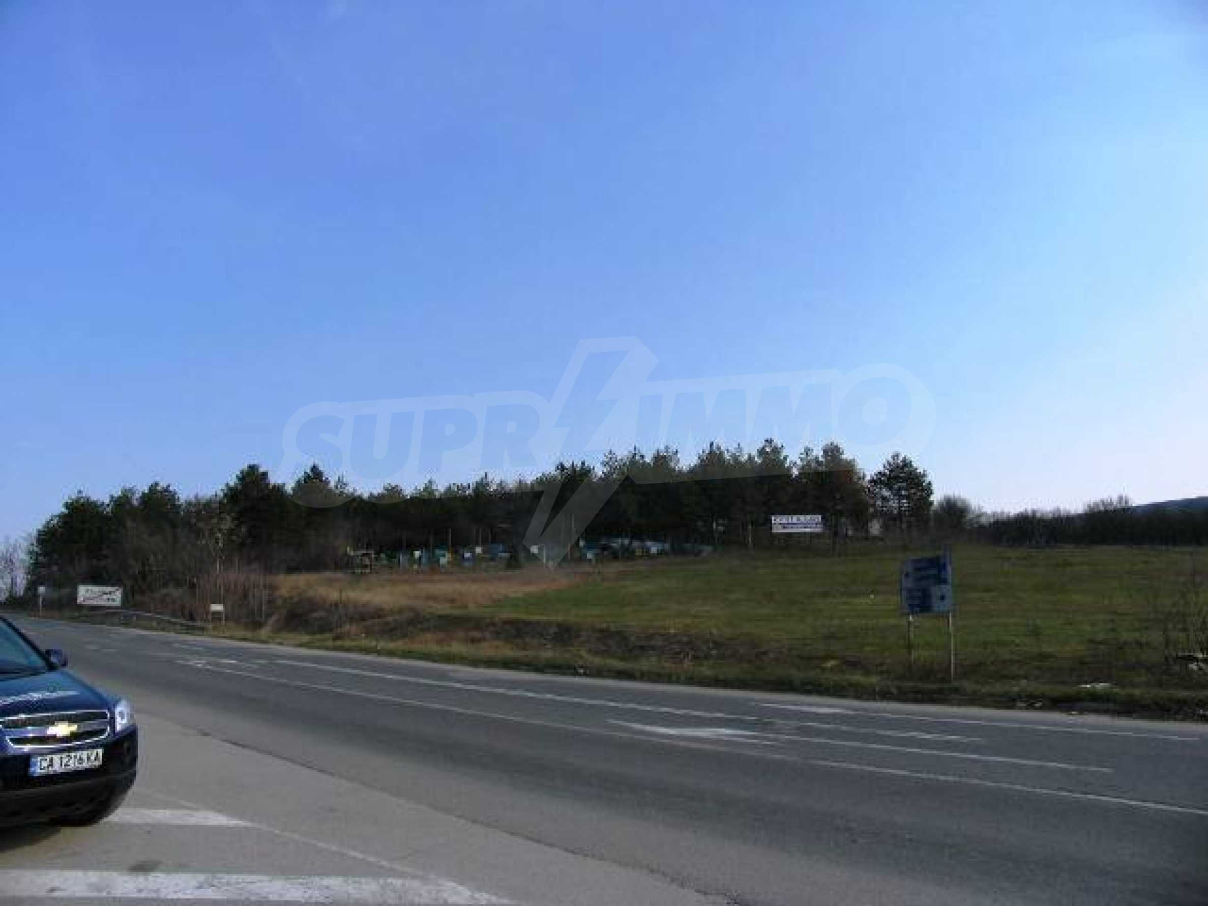 Land in Obrochishte Village, just 3km from Albena Resort  12