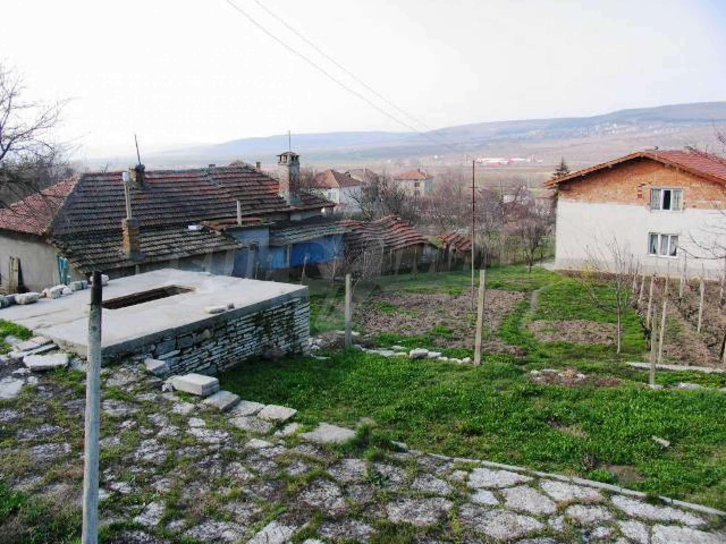 Land in Obrochishte Village, just 3km from Albena Resort  1