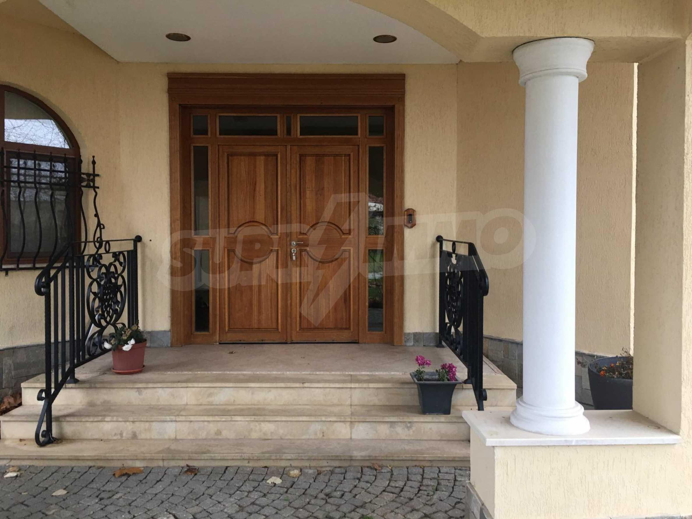 Herrenhaus nach Varna 44
