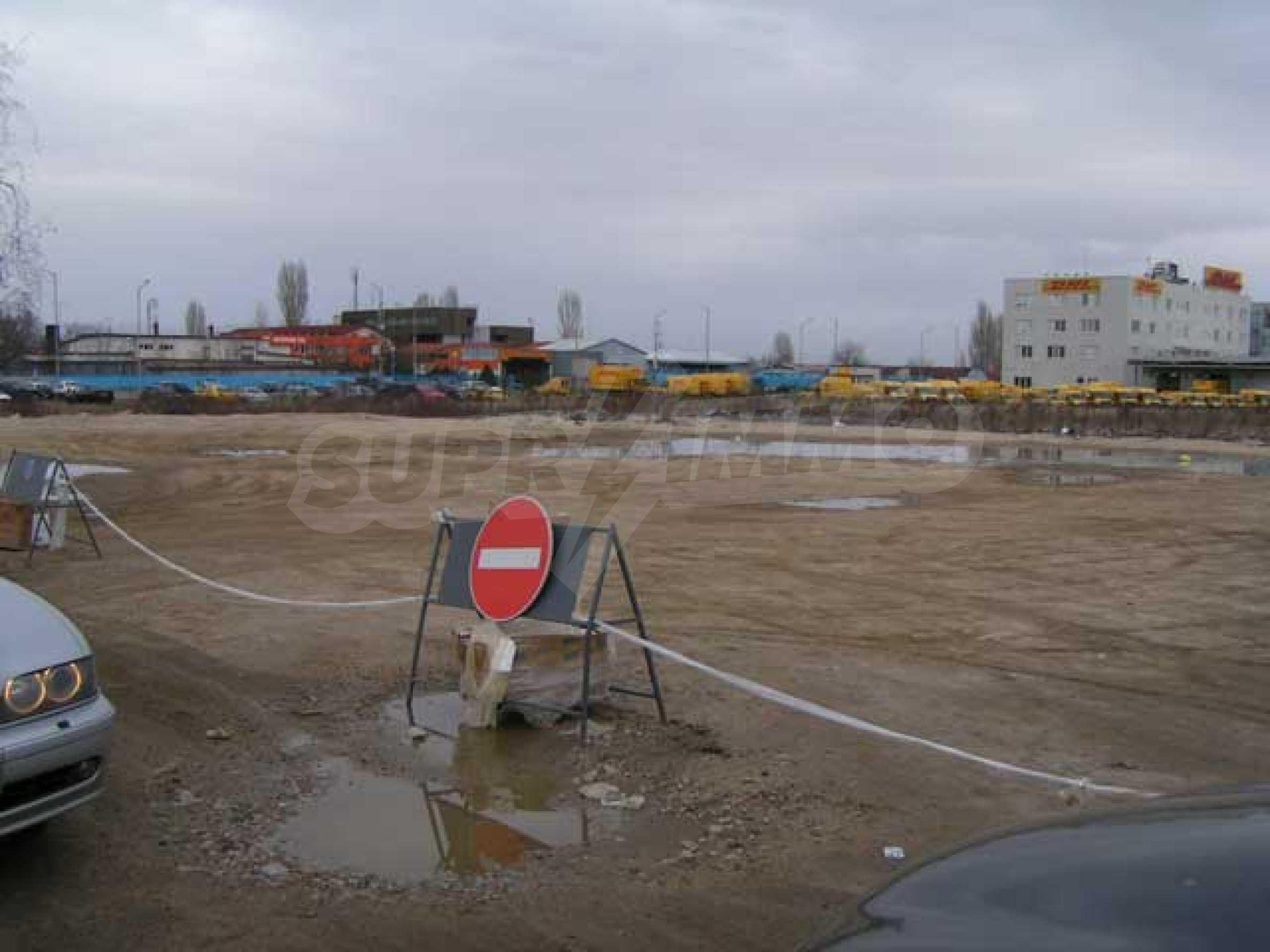 Земельный участок в г. София 1
