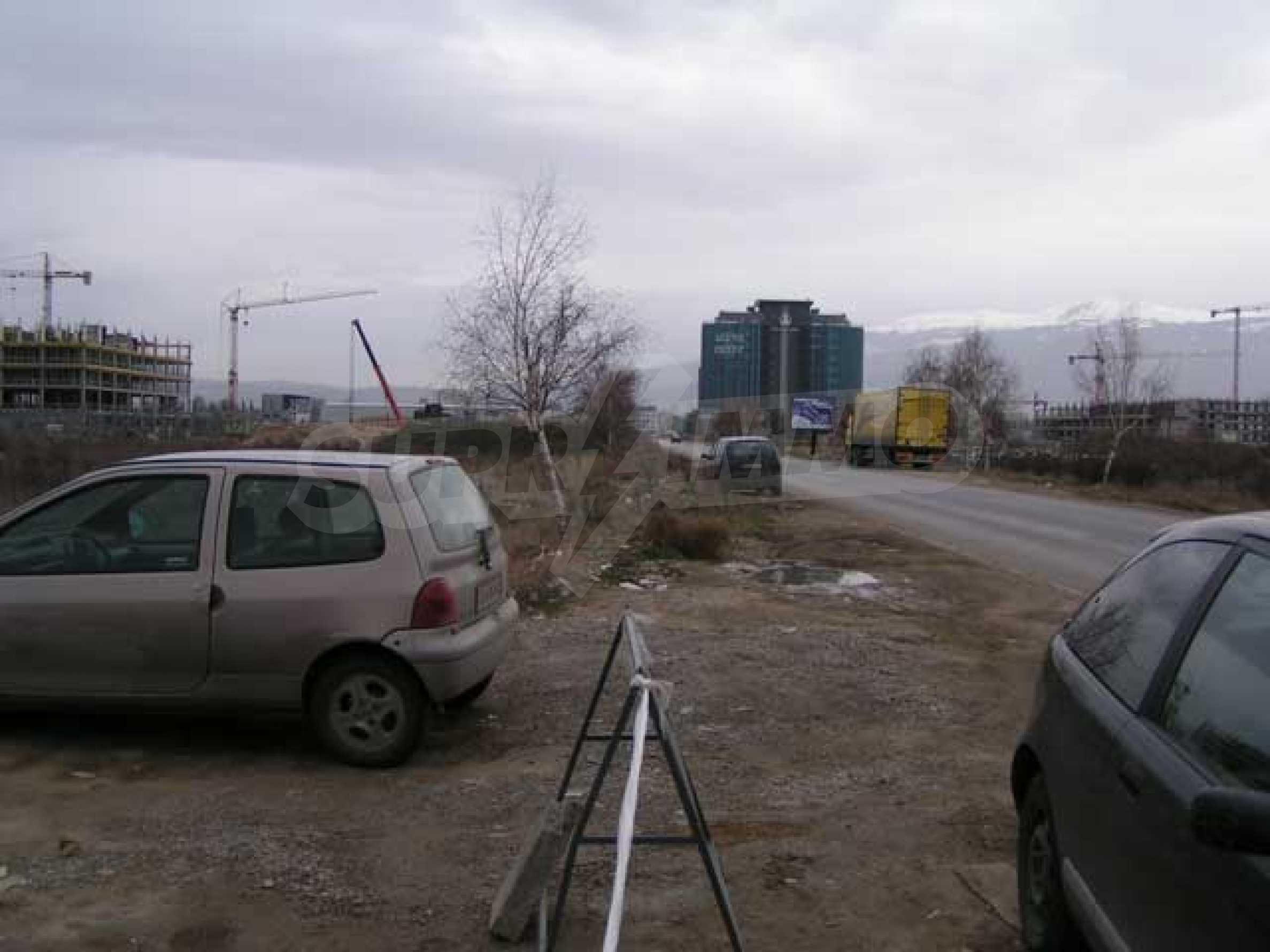 Земельный участок в г. София 6
