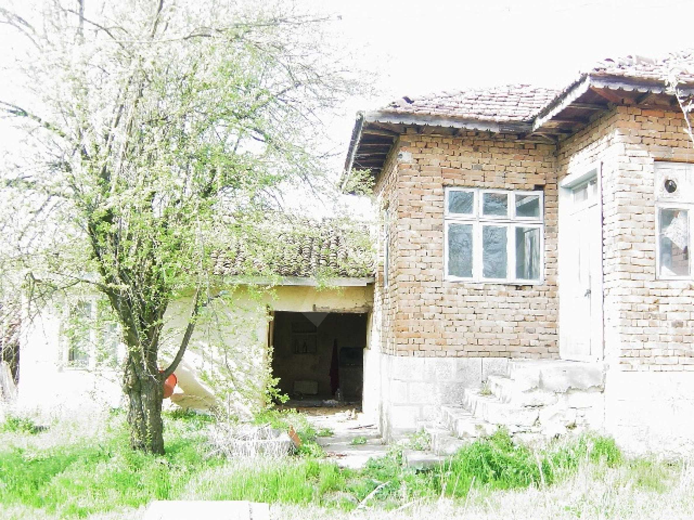 Property in Bulgarian north-east region at a bargain price!  2