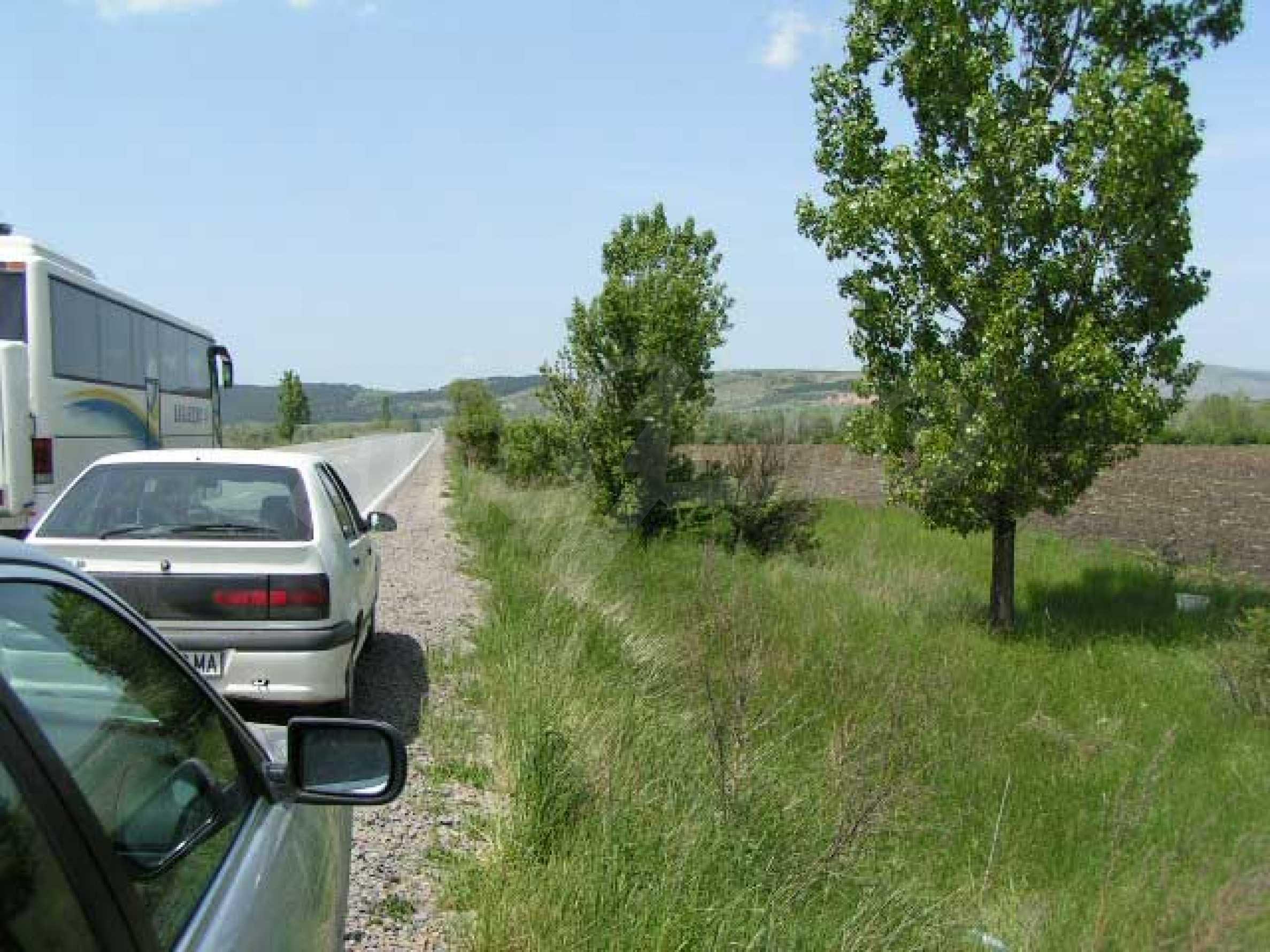 Земельный участок вблизи с. Храбырско 2