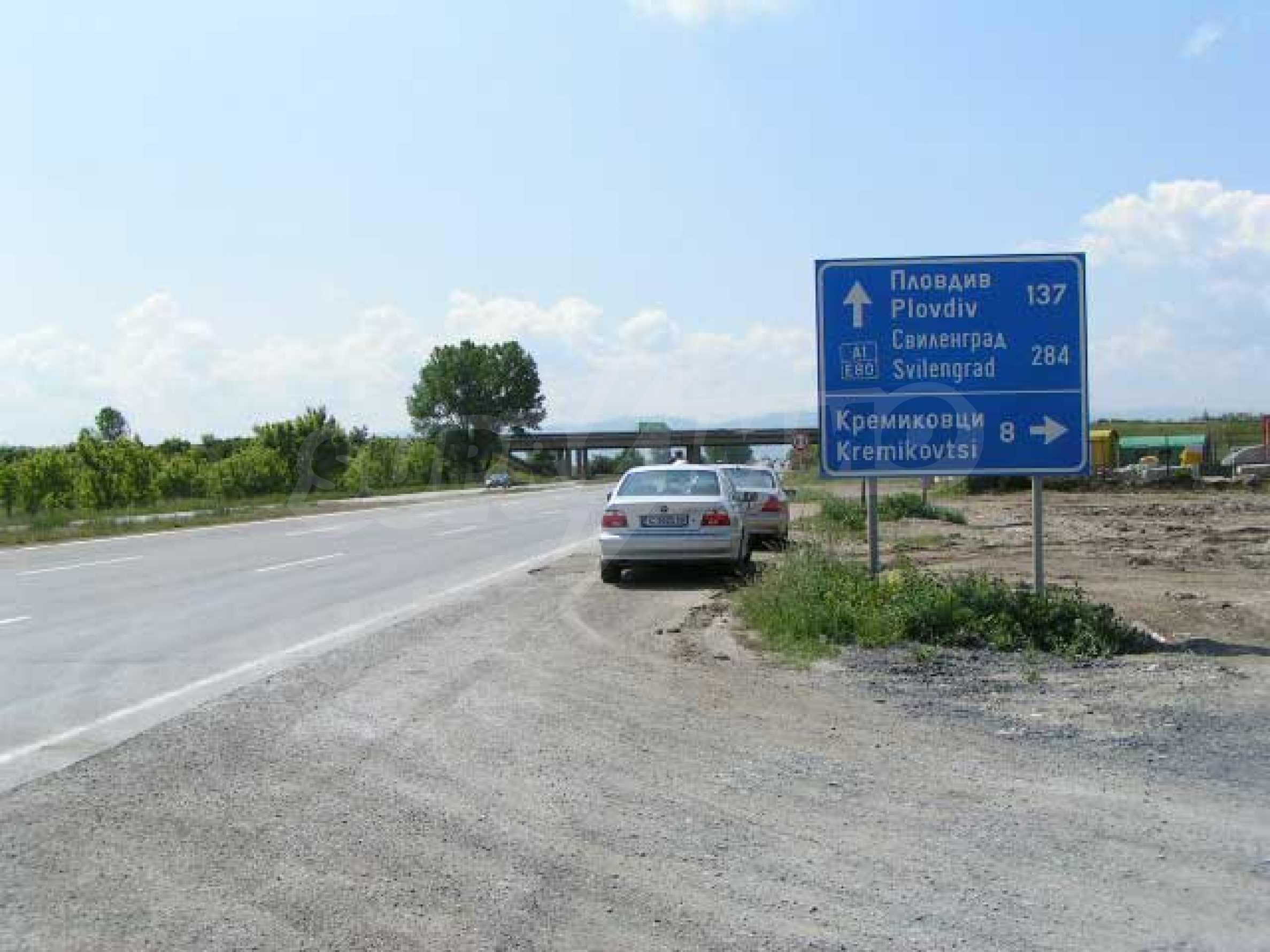Земя за продажба в София 11
