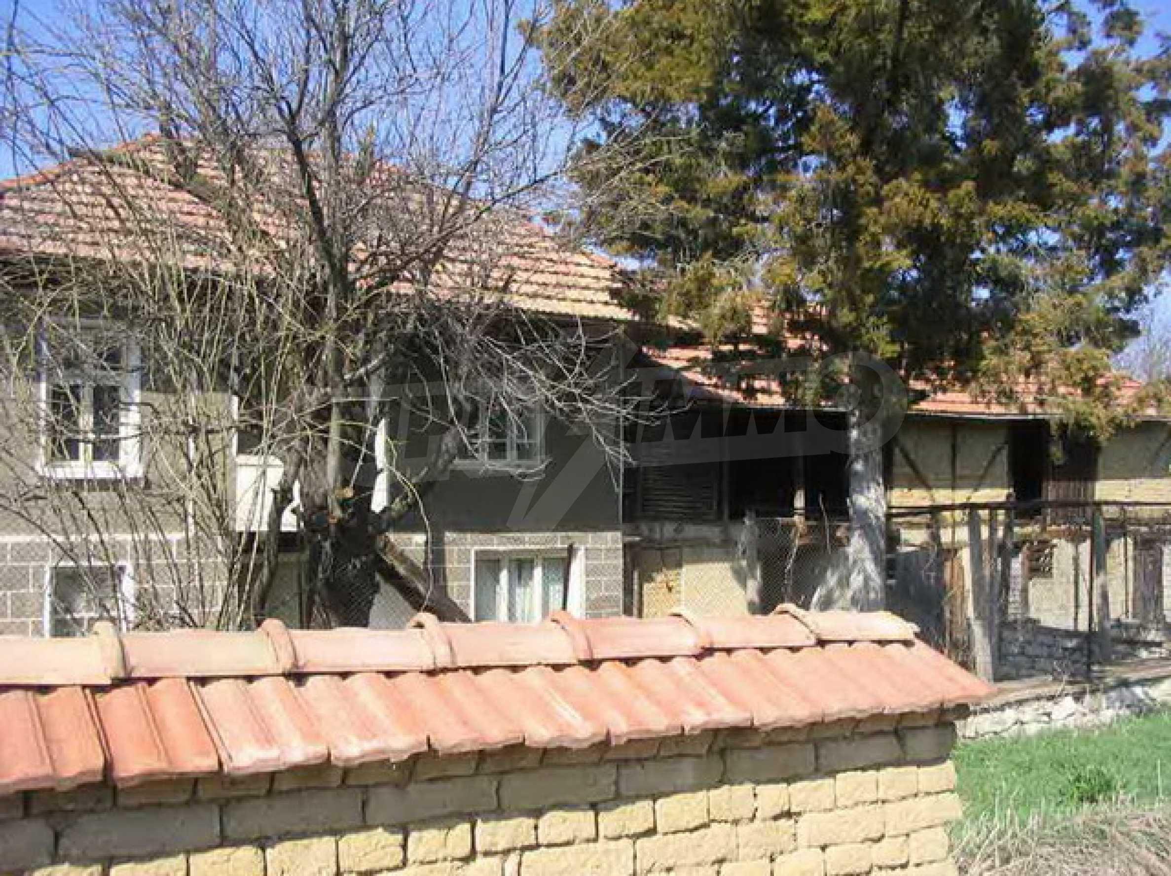 Zweistöckiges Haus nur 25 km. von Veliko Tarnovo 4