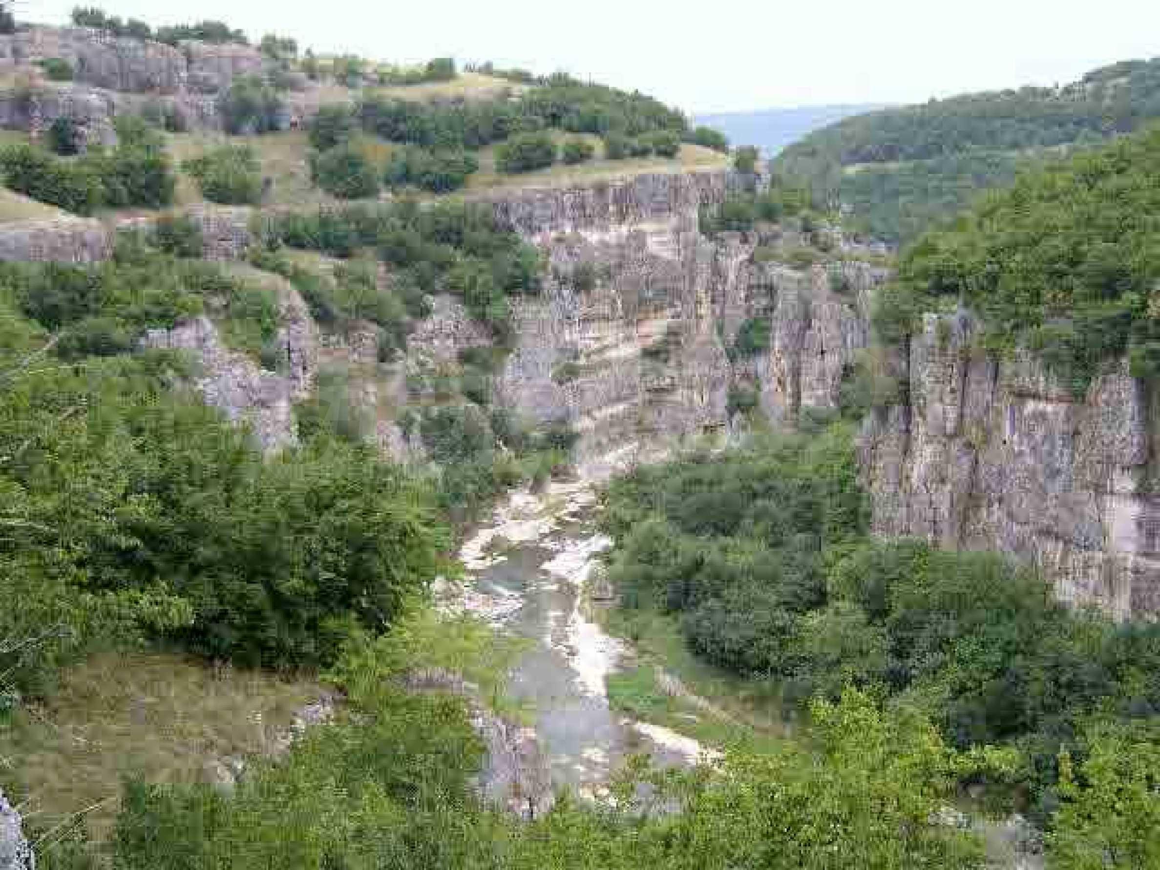 Zweistöckiges Haus nur 25 km. von Veliko Tarnovo 5
