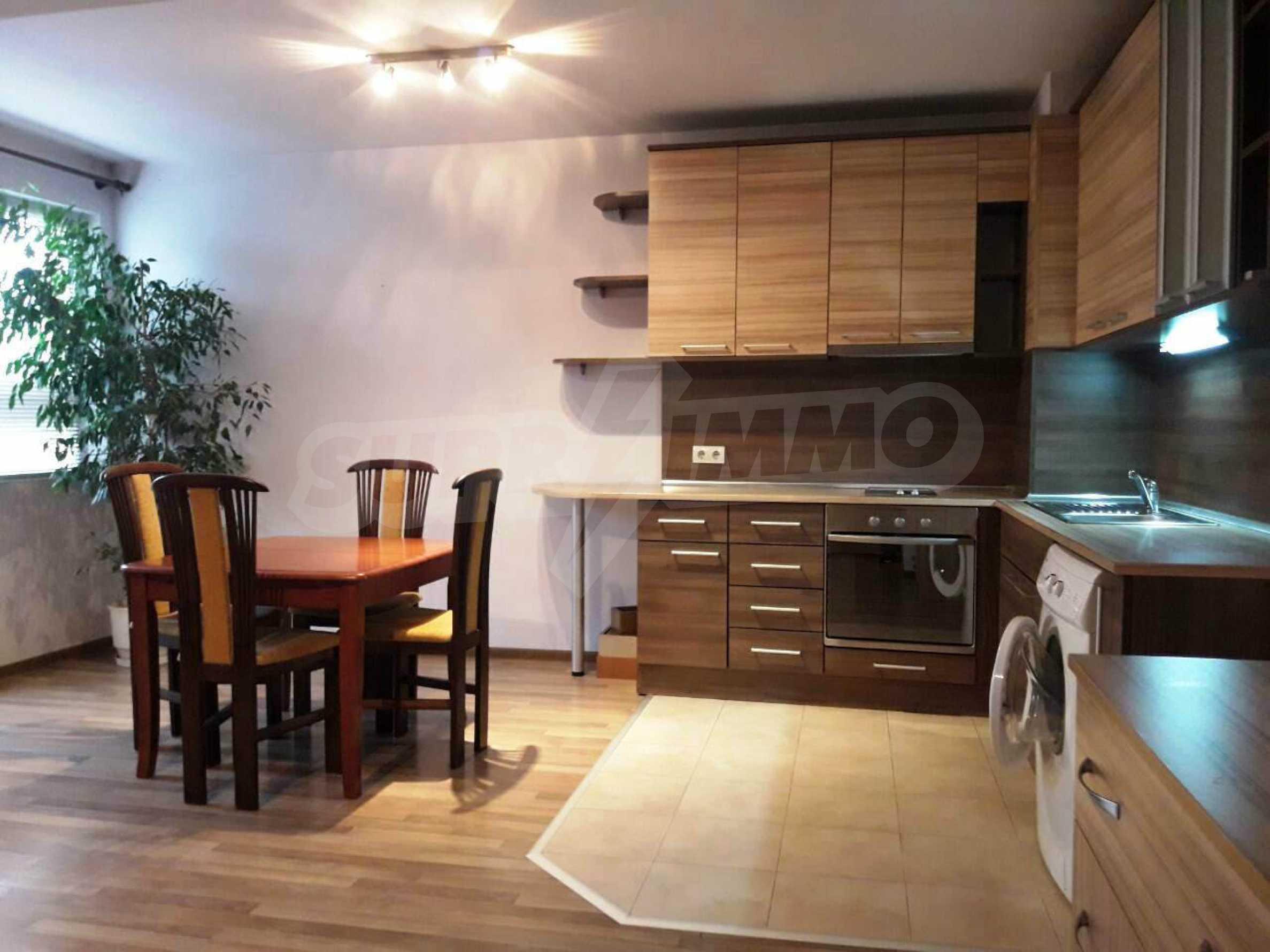 Апартамент Мери - тристаен имот в съвременна сграда на 5 мин. от Макдрайв 3