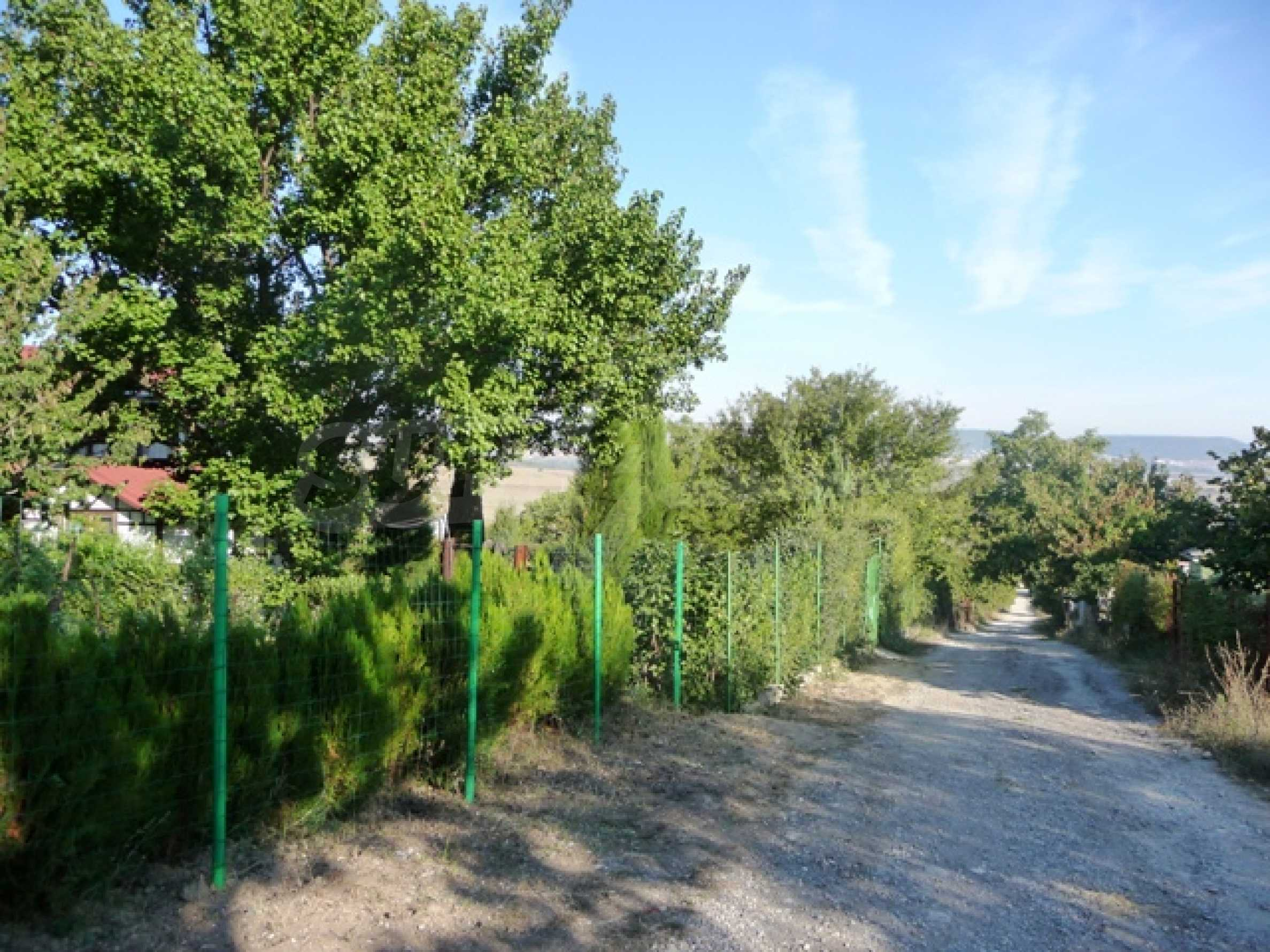 Земельный участок в с. Кранево