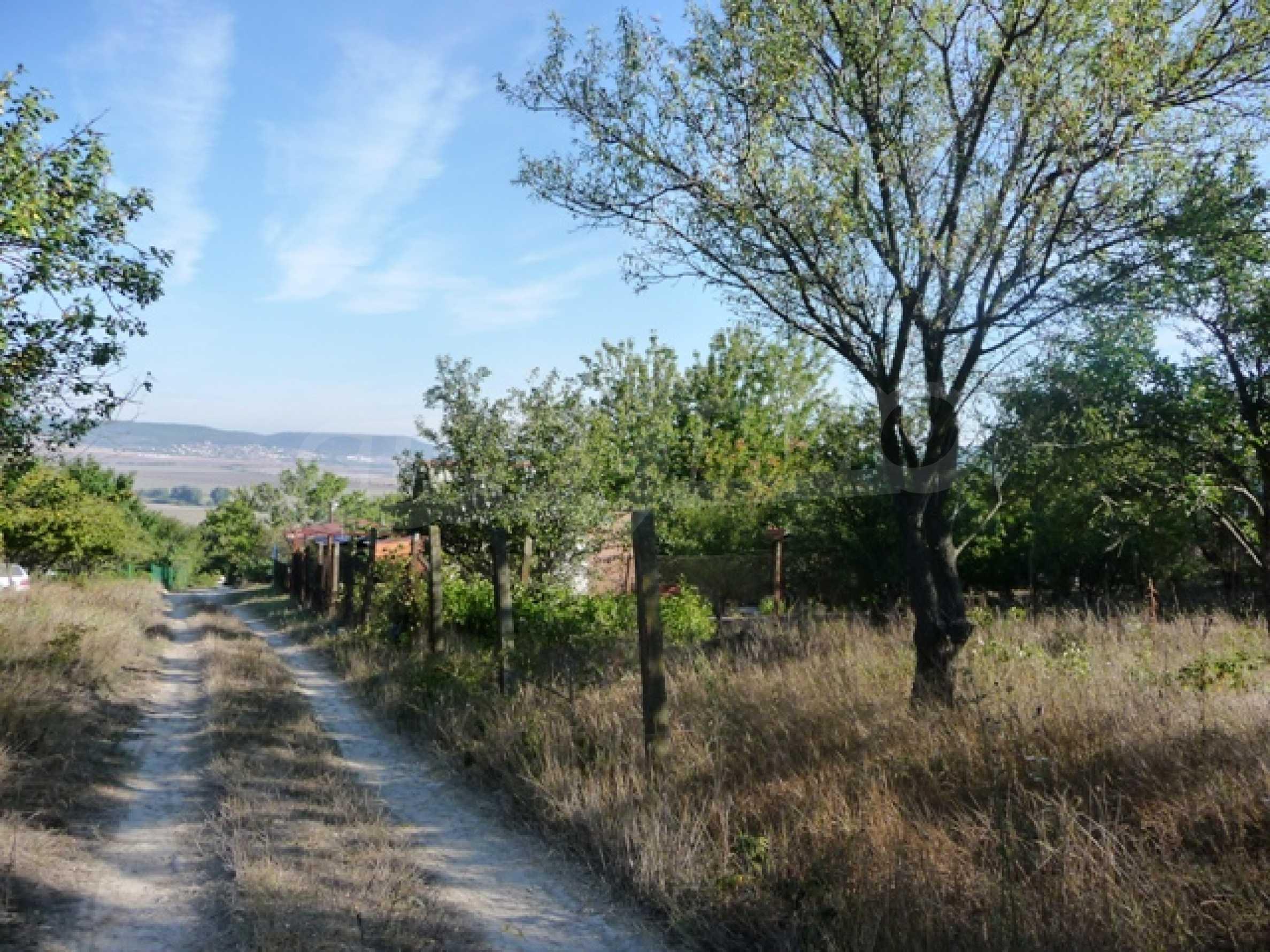 Земельный участок в с. Кранево 1