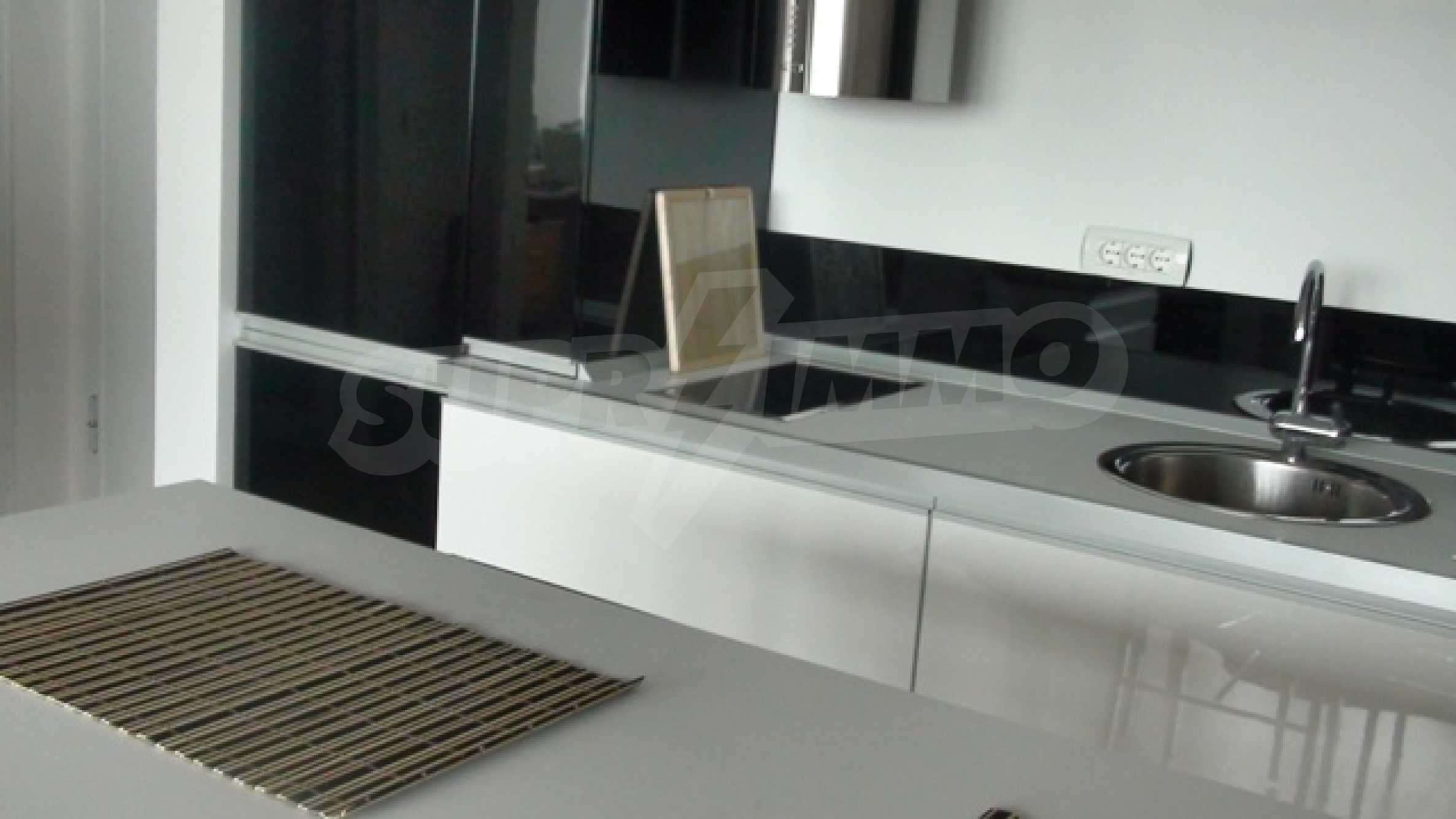 Апартамент Рафаело 9