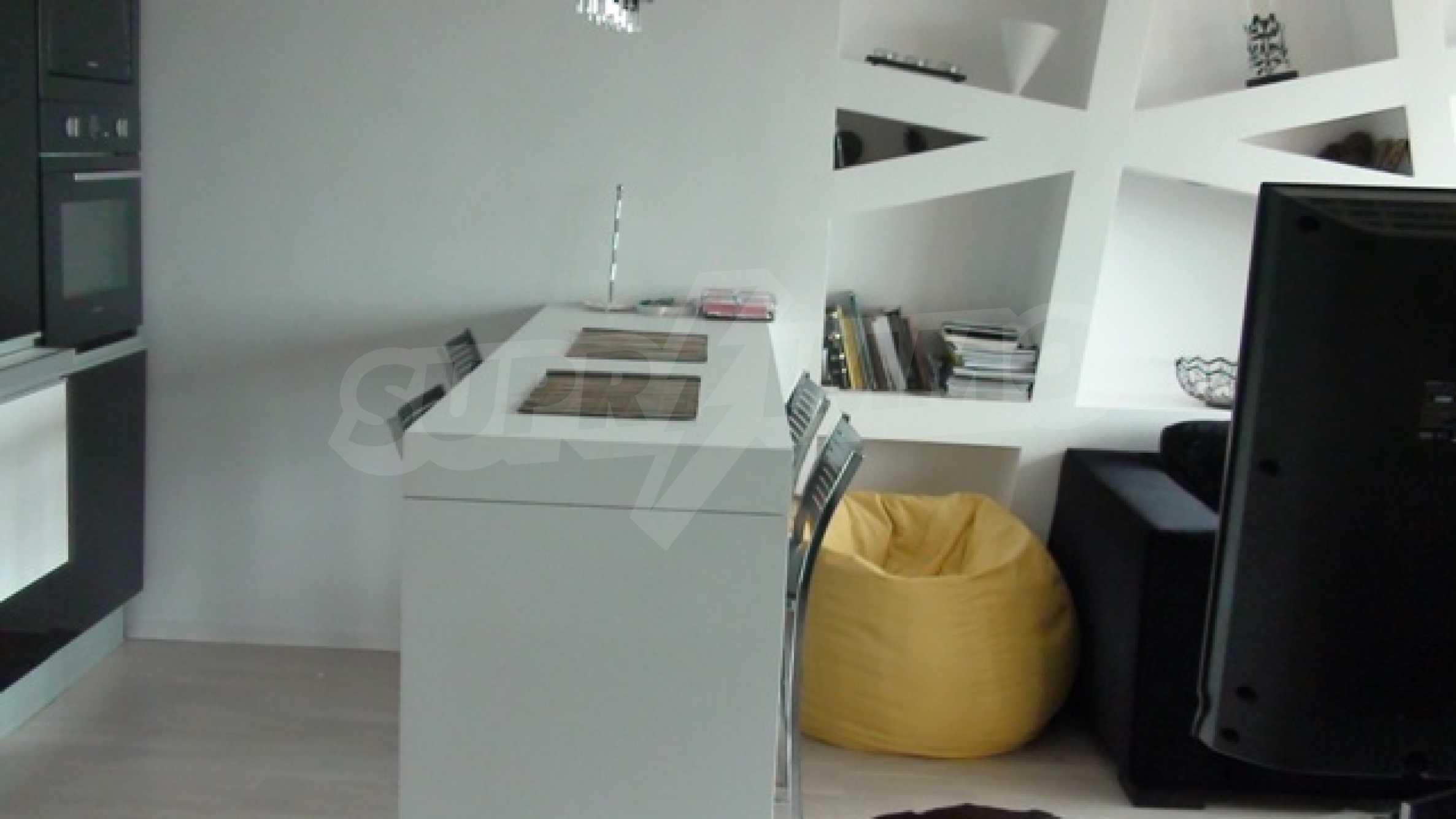 Апартамент Рафаело 7