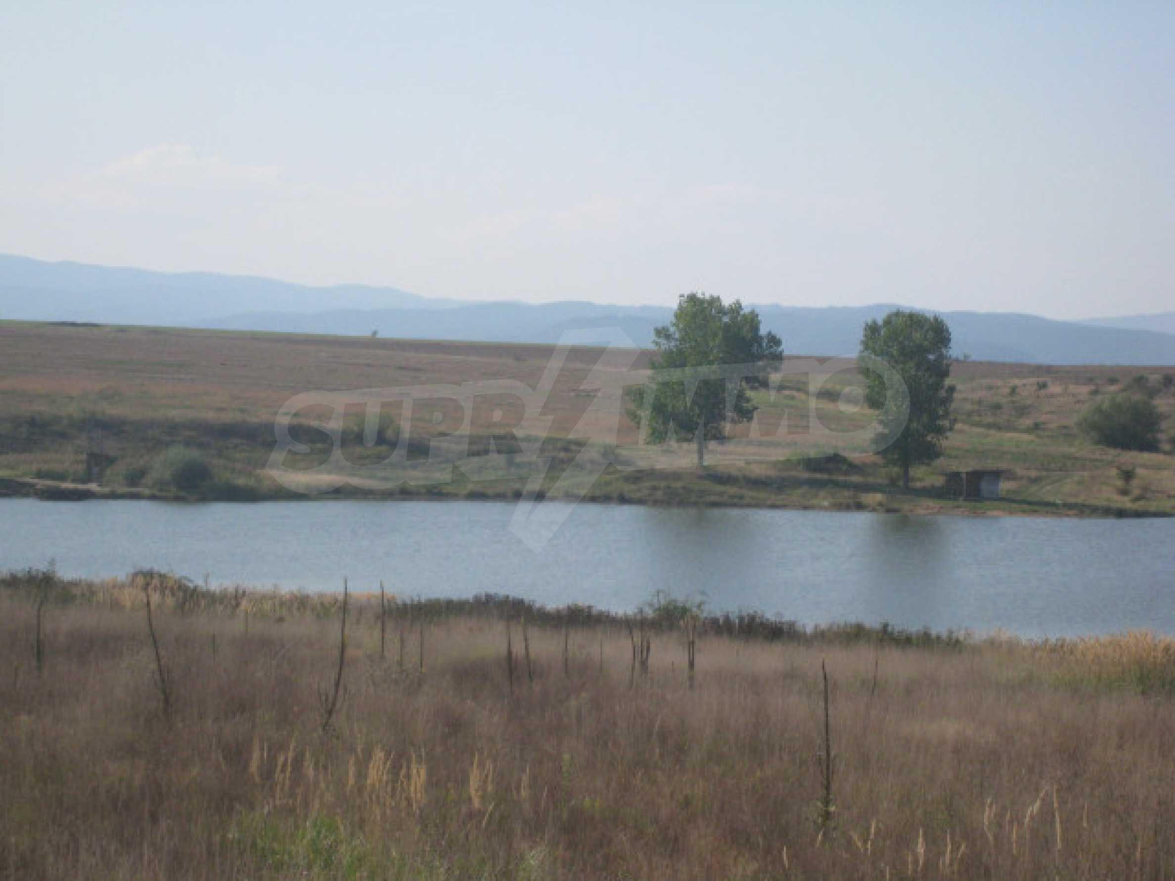 Zwei regulierte Grundstücke in der Nähe von Borovets 9