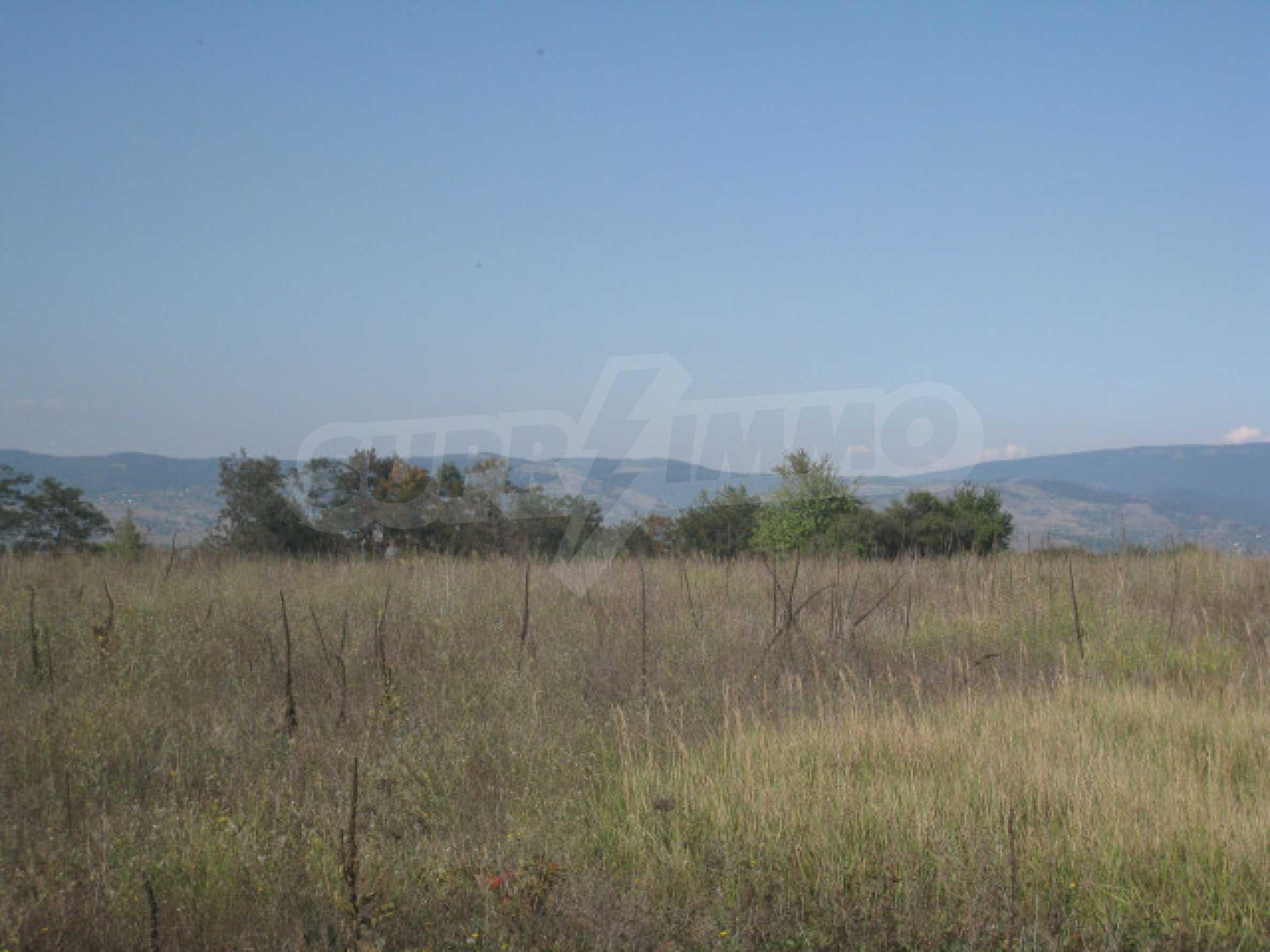 Zwei regulierte Grundstücke in der Nähe von Borovets 5