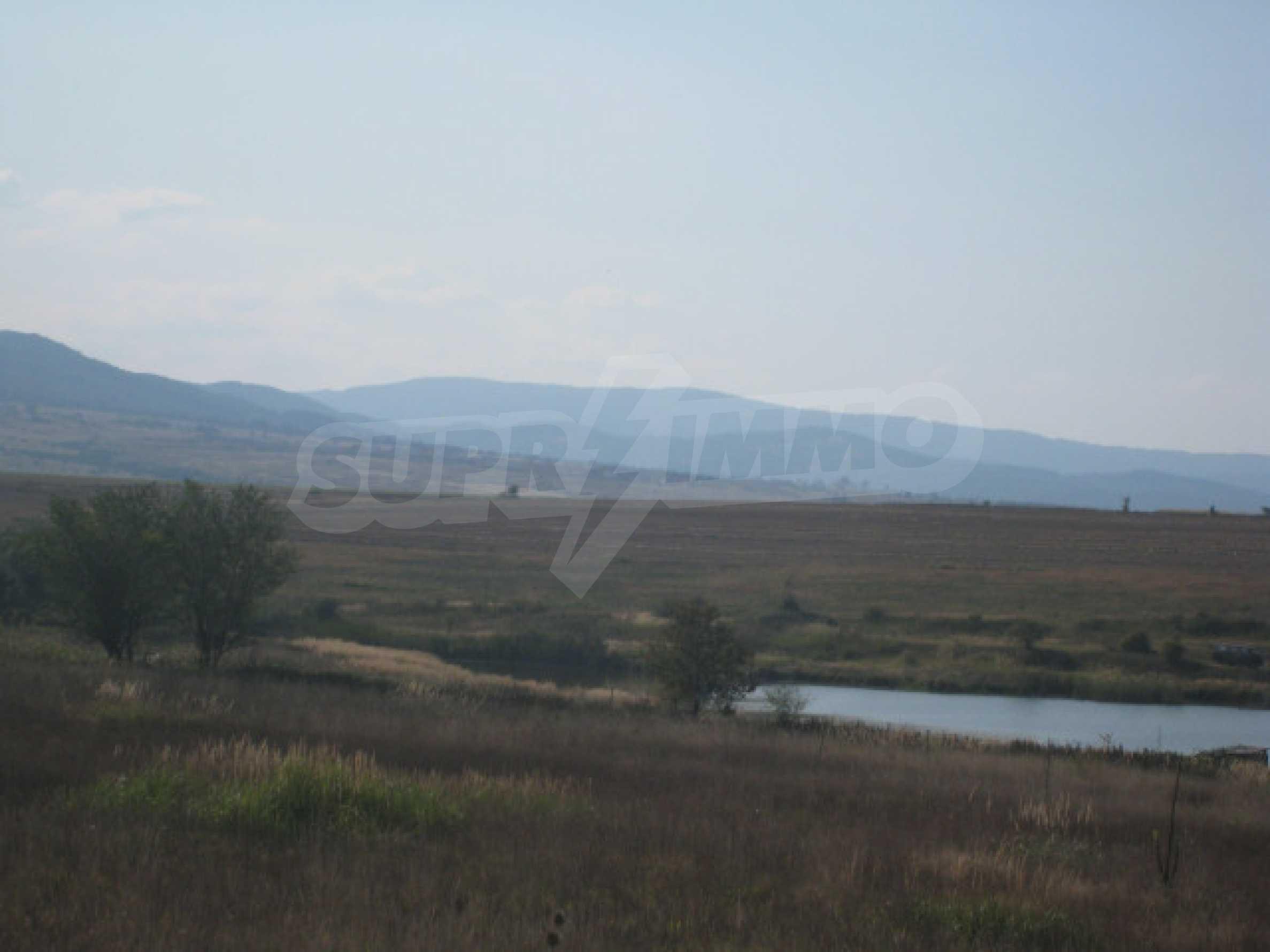 Zwei regulierte Grundstücke in der Nähe von Borovets 7