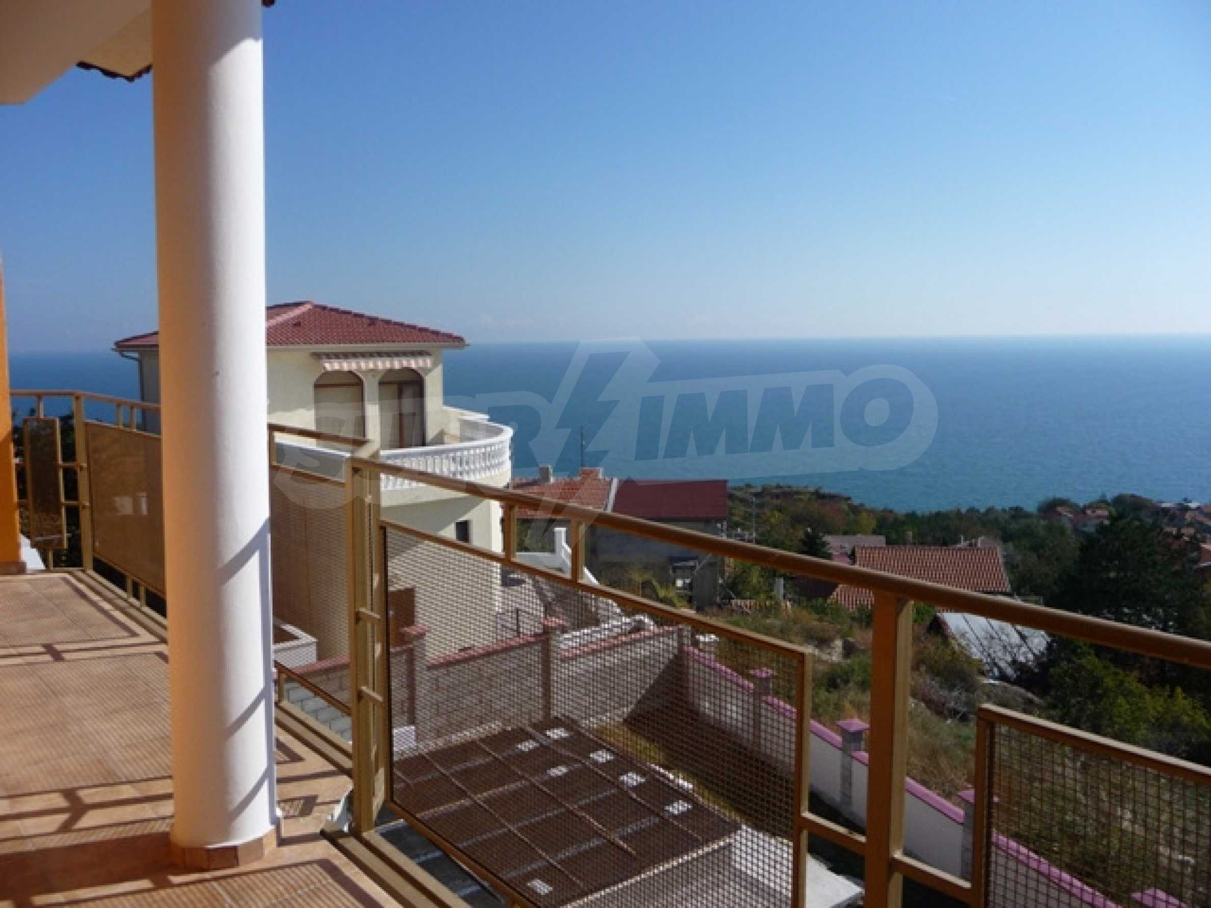 Four storey villa for sale situated in Golden Fish villa zone 22