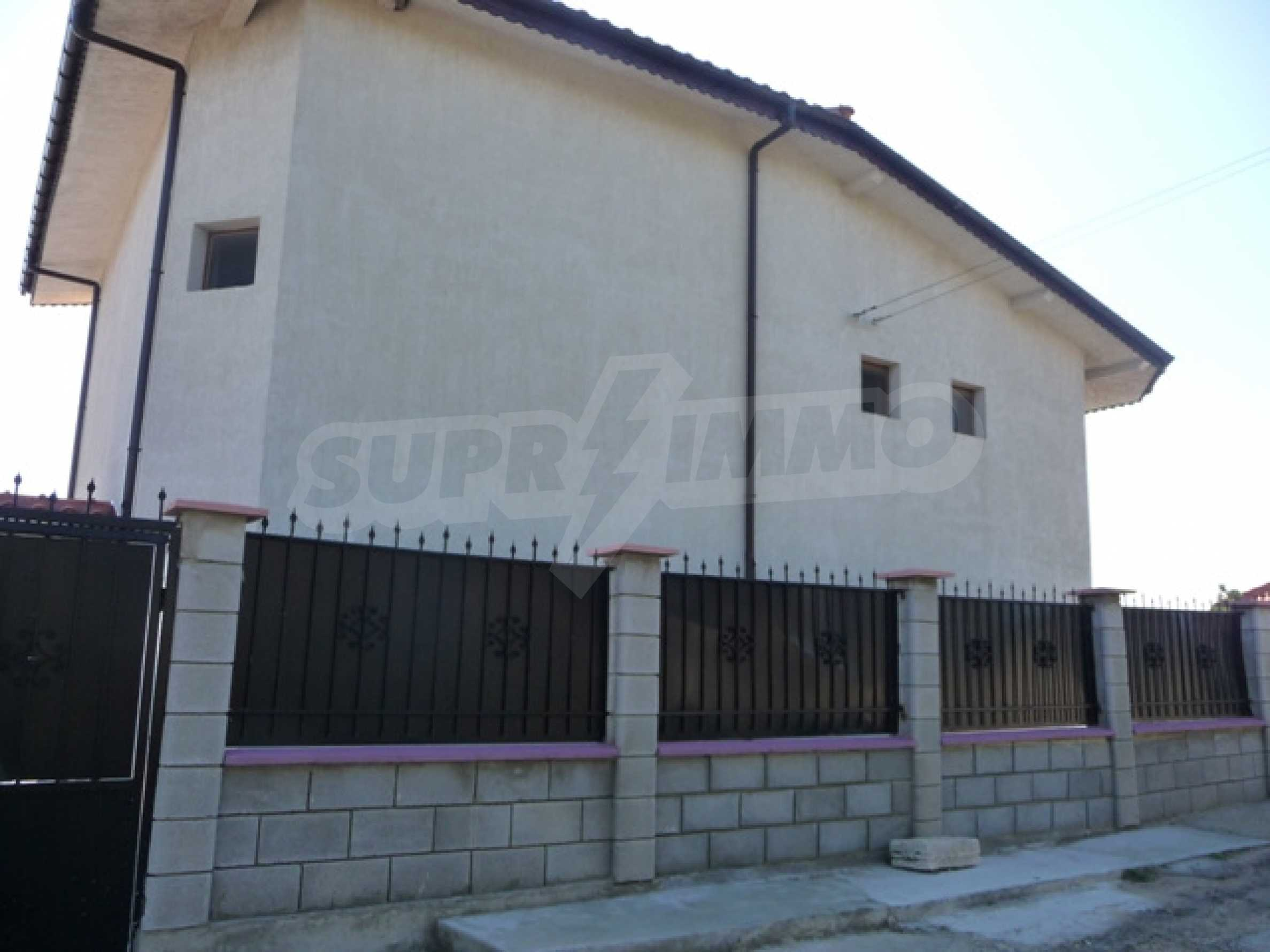 Four storey villa for sale situated in Golden Fish villa zone 2