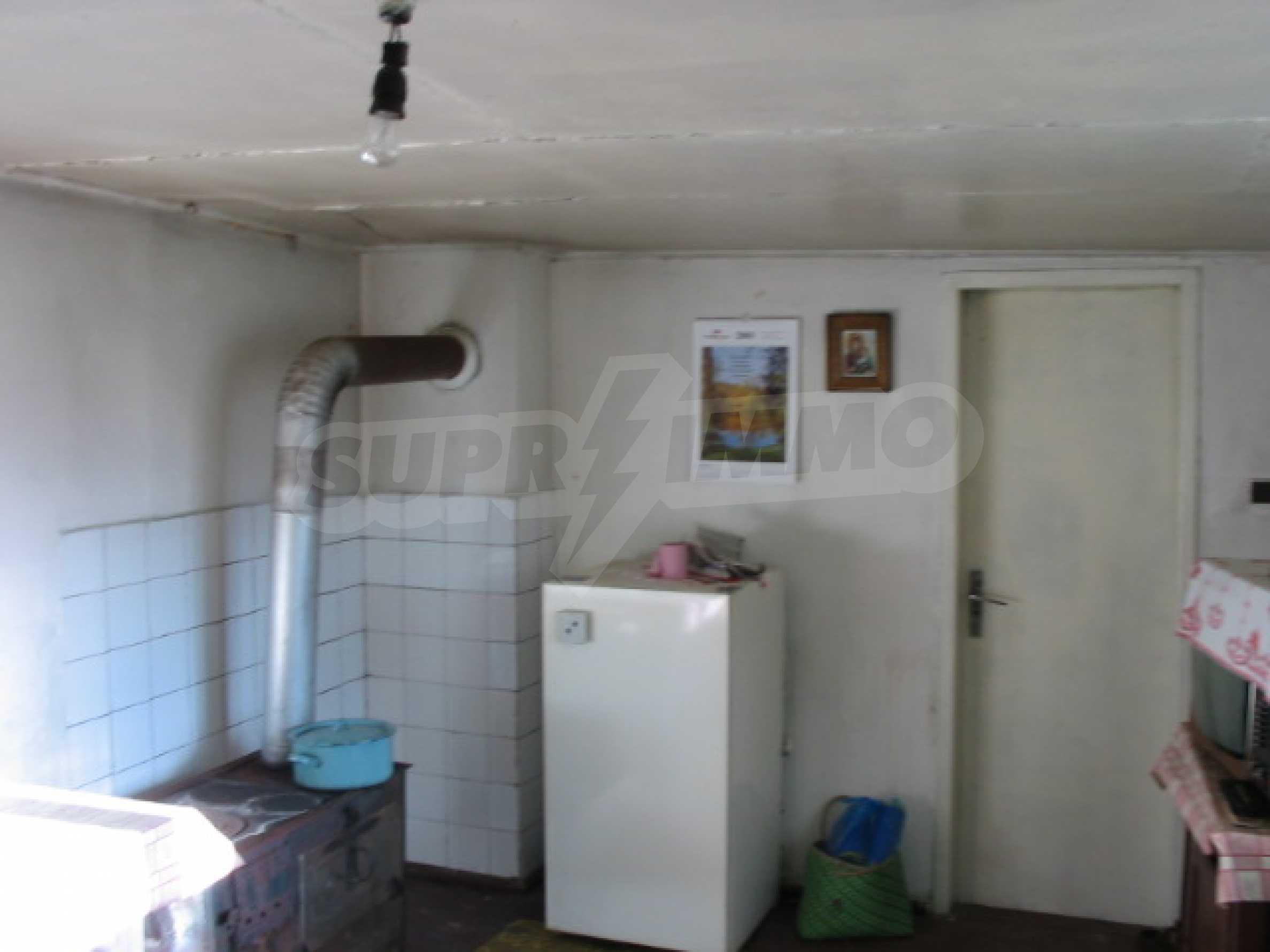 Къща за продажба близо до гр. Велико Търново 10