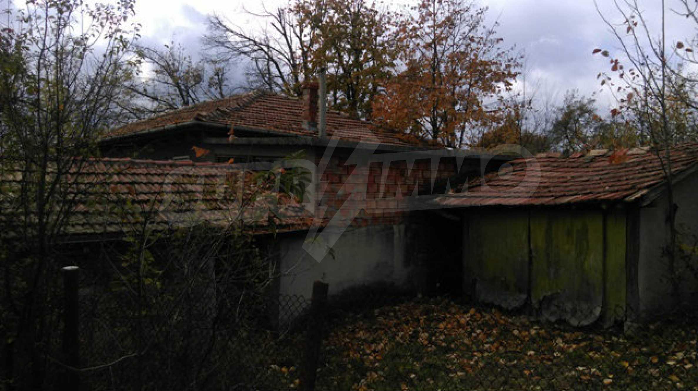 Къща за продажба близо до гр. Велико Търново 43