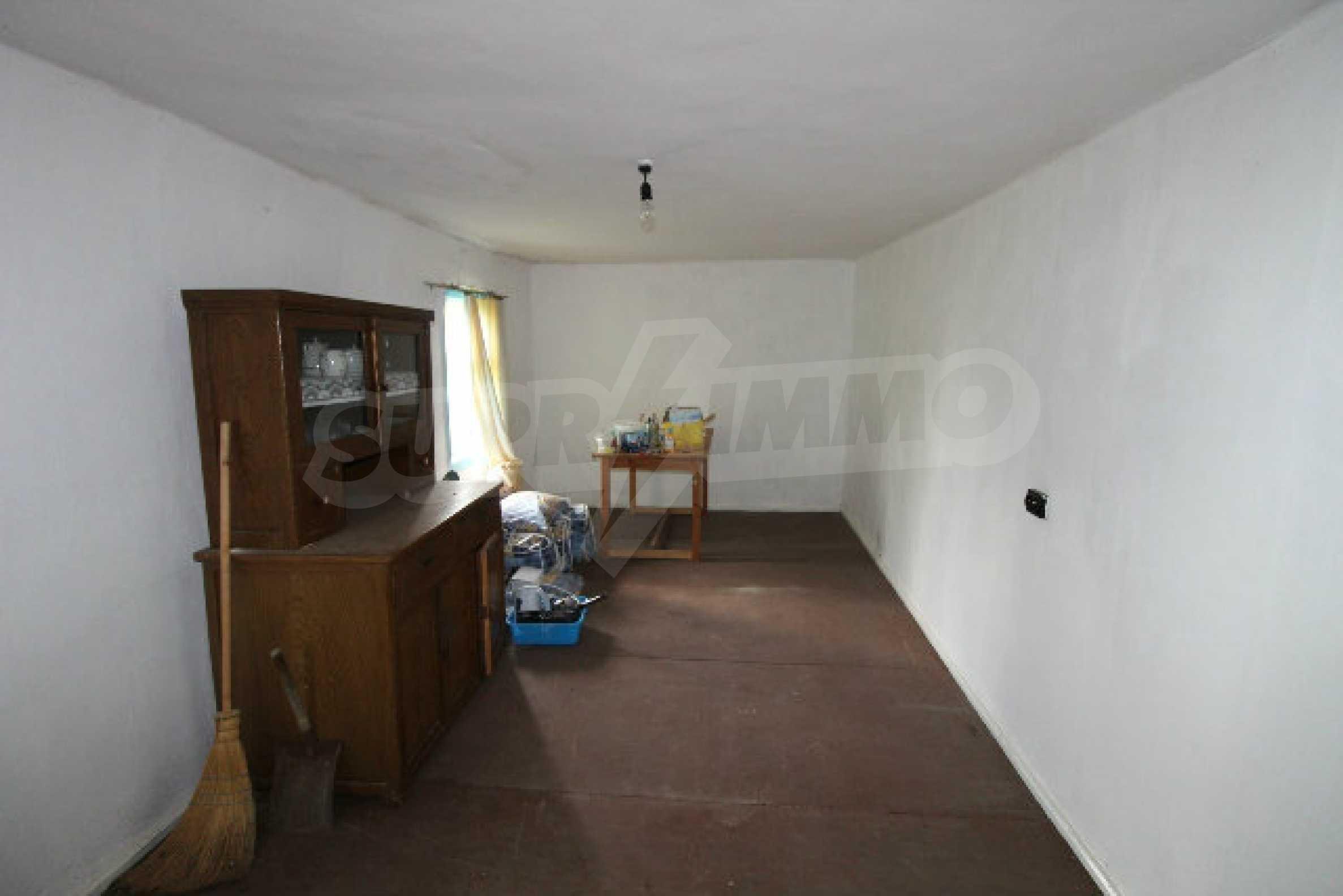 Къща за продажба близо до гр. Велико Търново 58