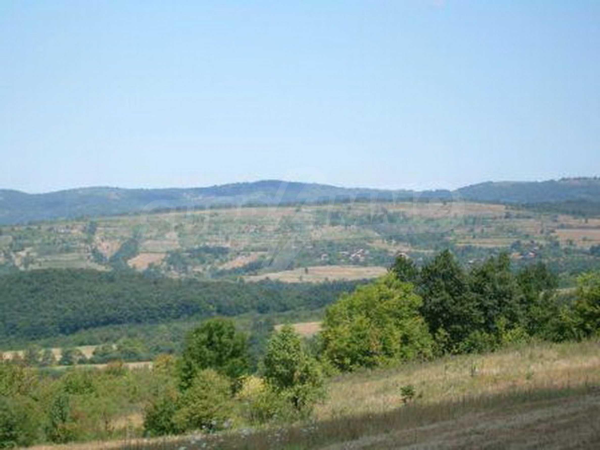 Продажа инвестиционной земли вблизи г. Елена 1